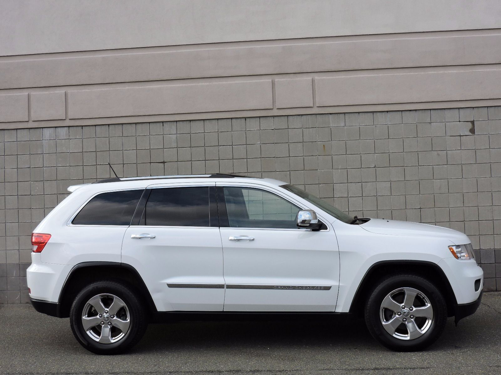 Jeep Interest Rates >> Used 2013 Jeep Grand Cherokee Limited at Auto House USA Saugus