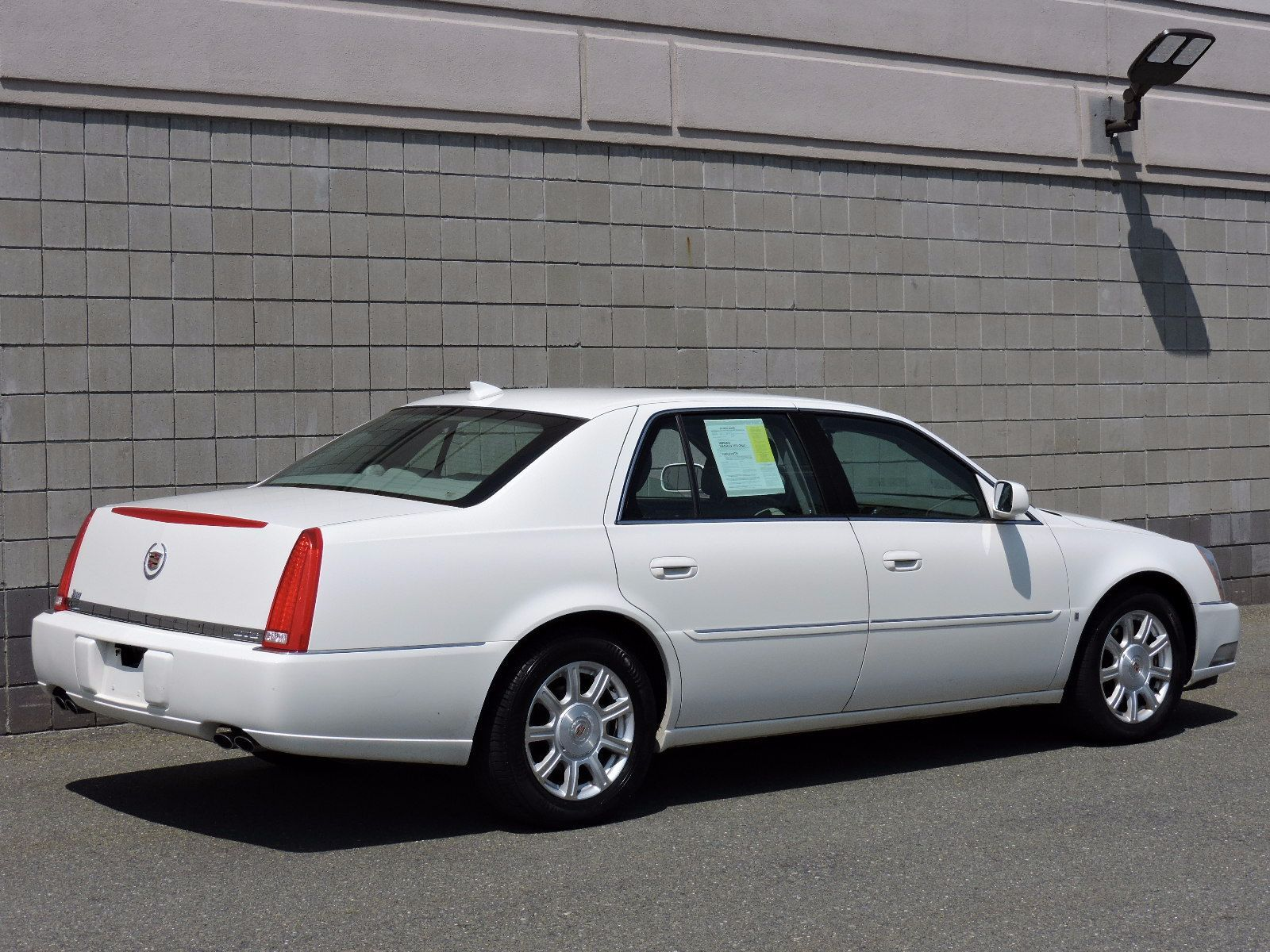 top cars cadillac speed dts review