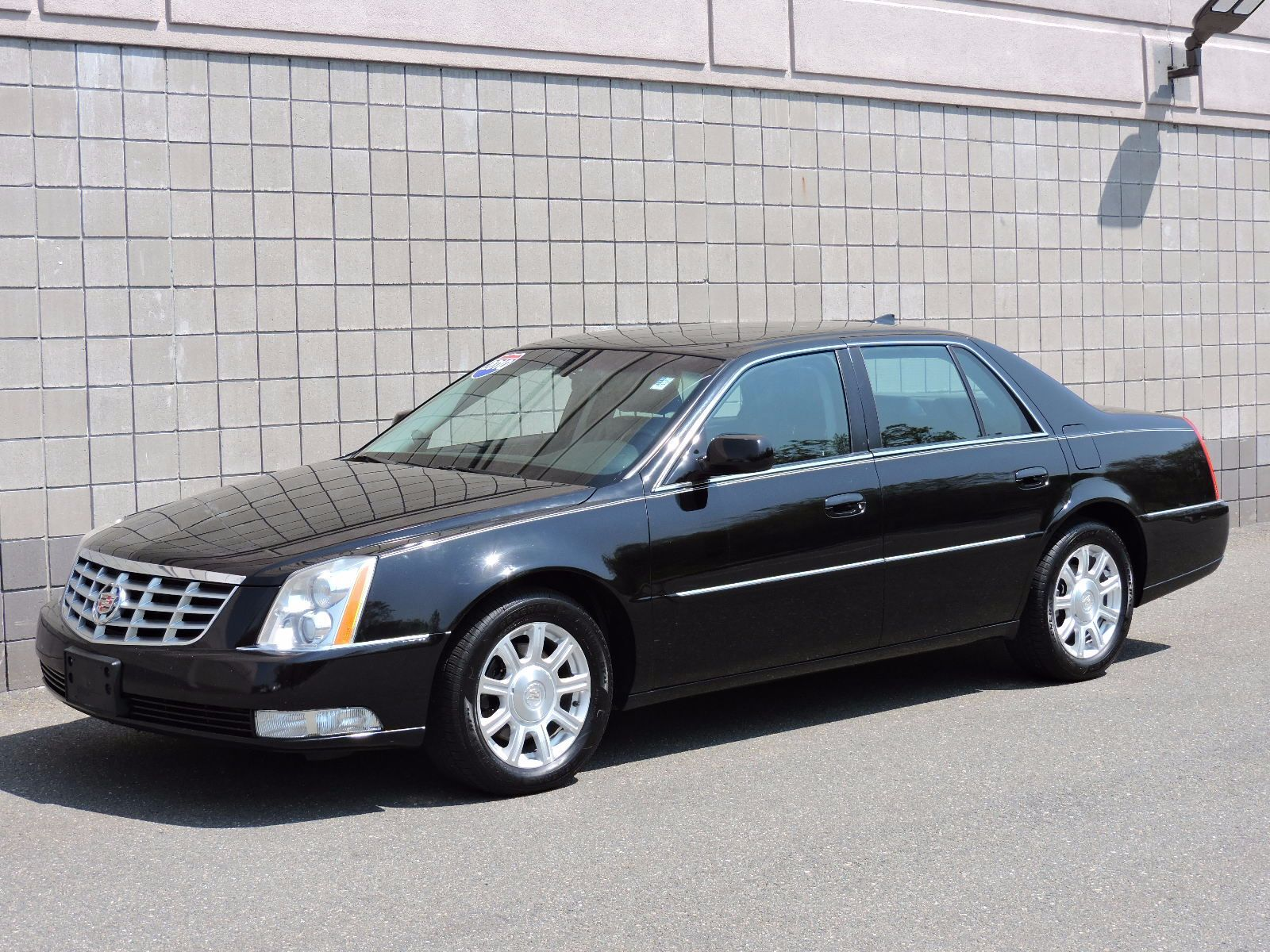 performance cadillac dts watch youtube