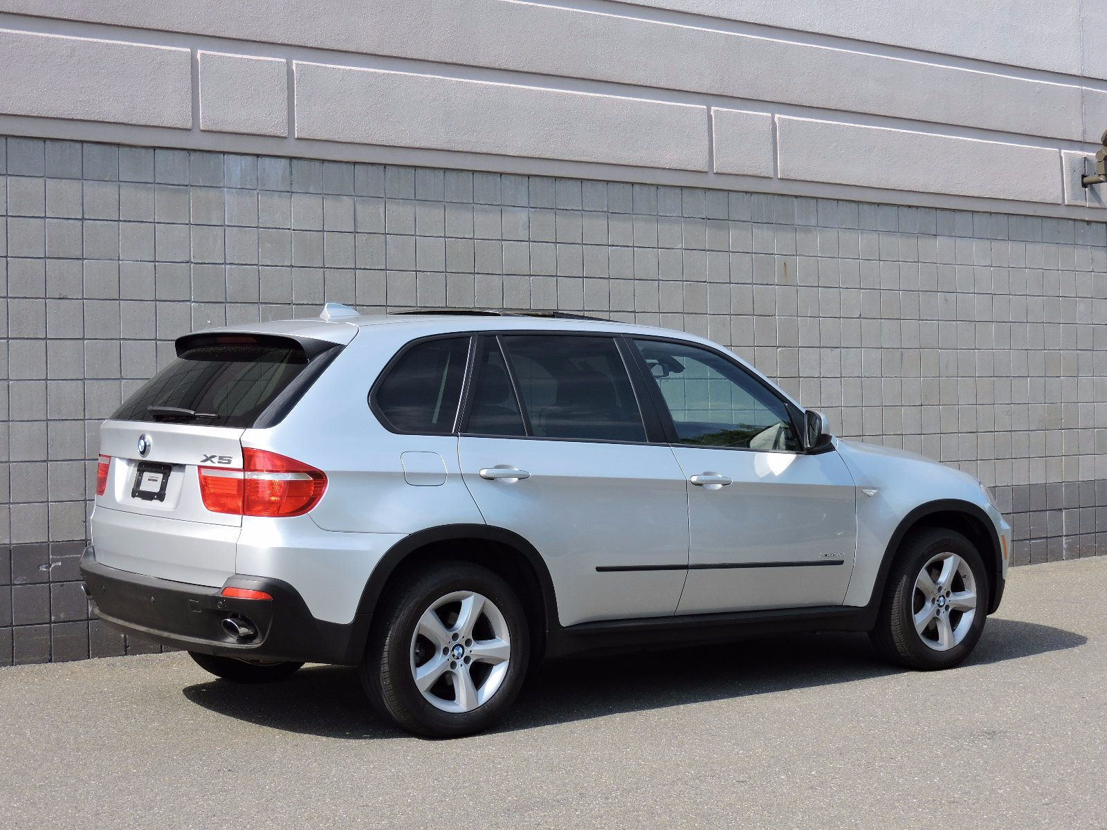 Used BMW X XDrivei I At Auto House USA Saugus - Bmw 2010 suv