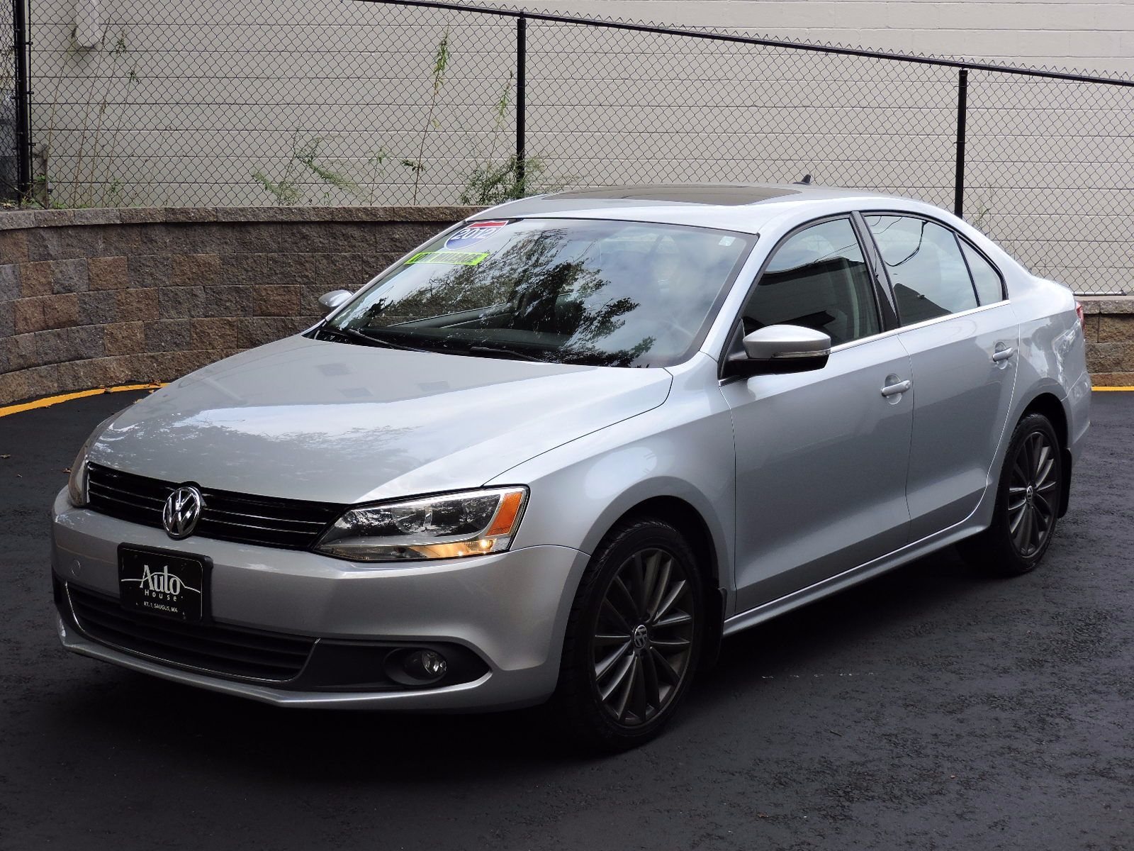 used 2012 volkswagen jetta sel wsunroof pzev at auto house usa saugus. Black Bedroom Furniture Sets. Home Design Ideas