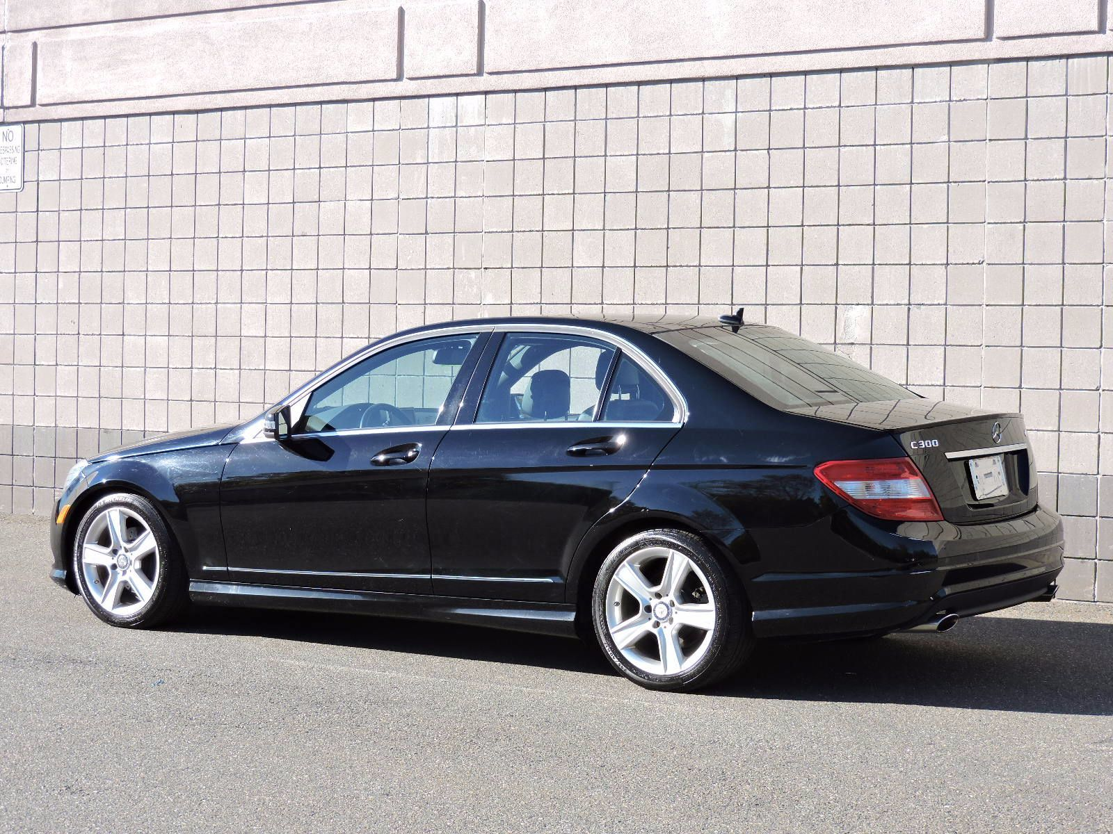used 2011 mercedes benz c300 c300 sport at auto house usa. Black Bedroom Furniture Sets. Home Design Ideas