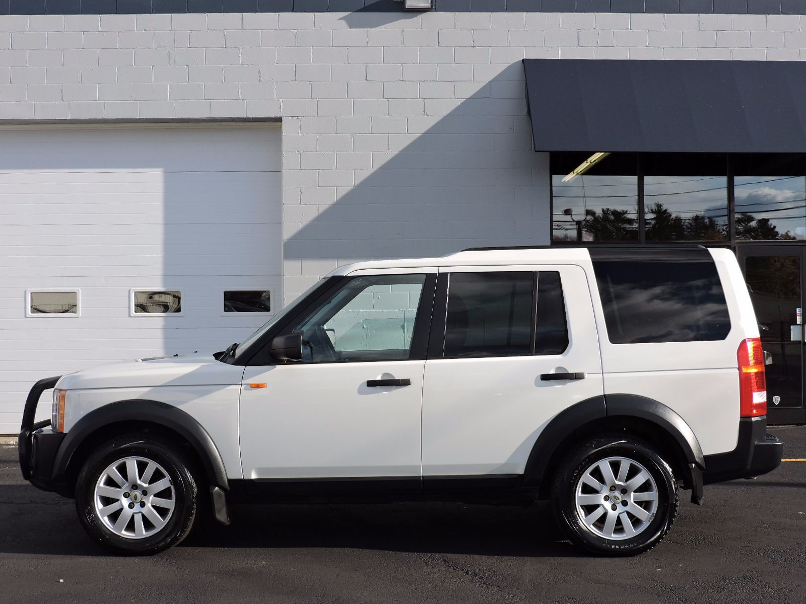 used 2005 land rover lr3 se at auto house usa saugus. Black Bedroom Furniture Sets. Home Design Ideas