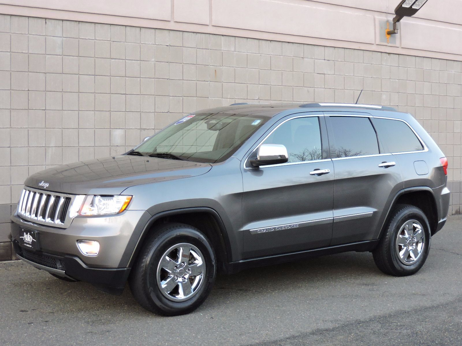 used 2012 jeep grand cherokee laredo at auto house usa saugus. Black Bedroom Furniture Sets. Home Design Ideas