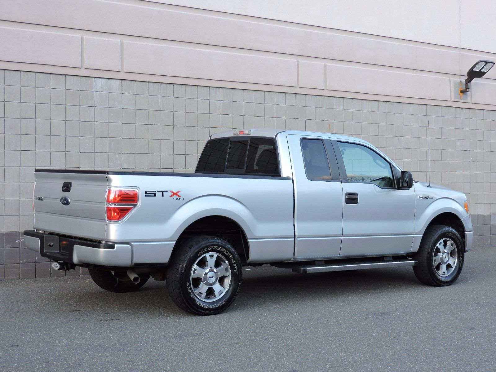 used 2010 ford f 150 stx at auto house usa saugus. Black Bedroom Furniture Sets. Home Design Ideas