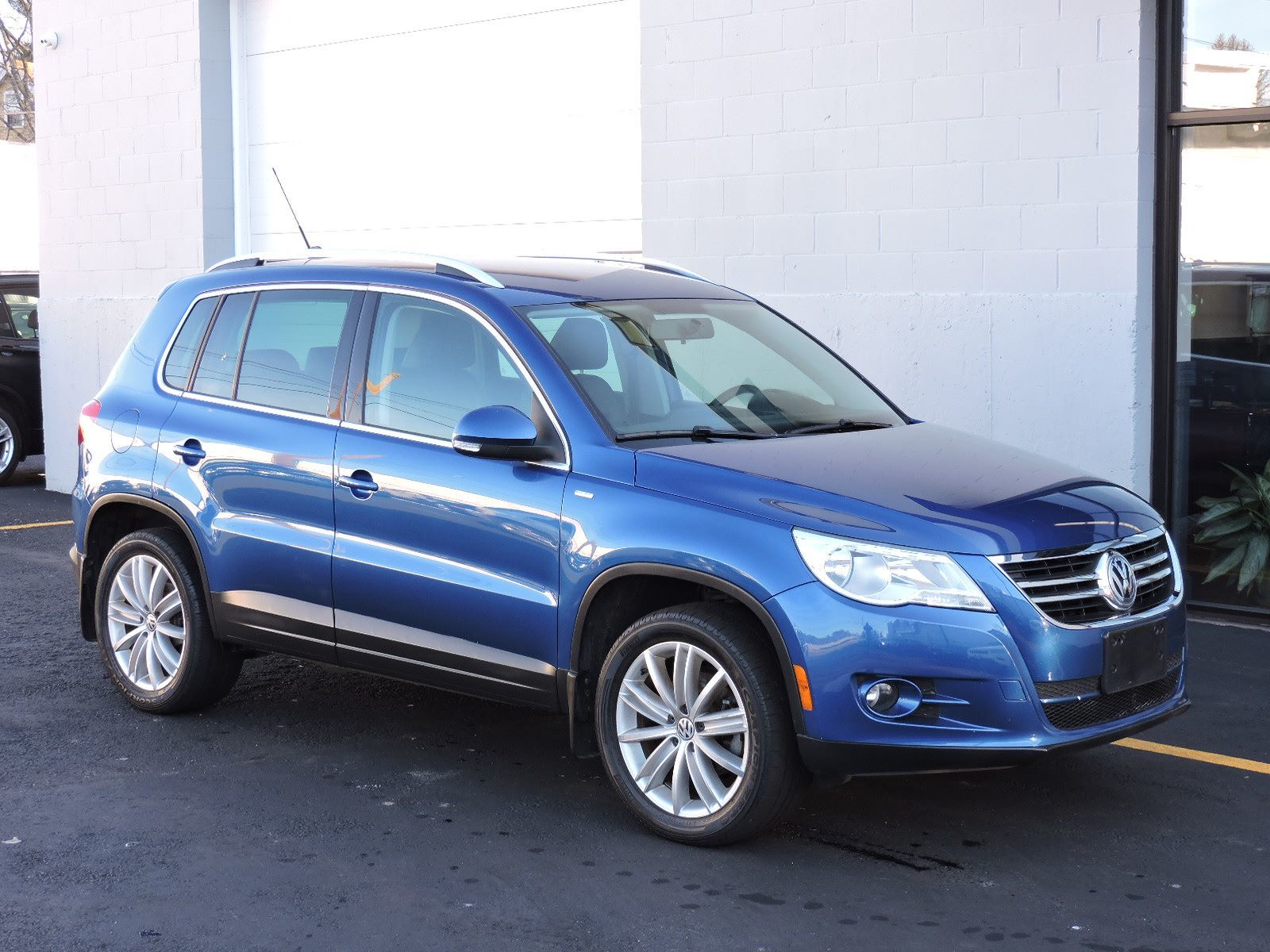 used 2010 volkswagen tiguan wolfsburg at auto house usa saugus. Black Bedroom Furniture Sets. Home Design Ideas