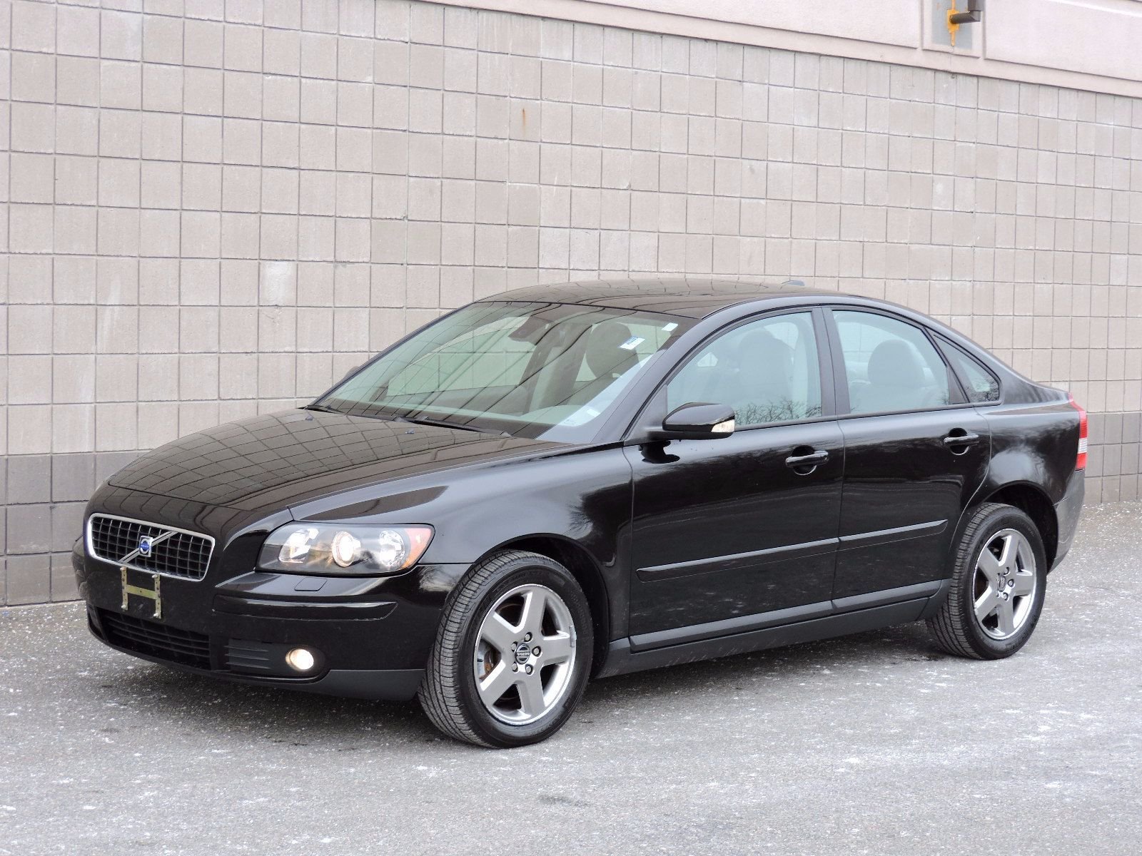 Used 2006 Volvo S40 2.5L Turbo at Auto House USA Saugus