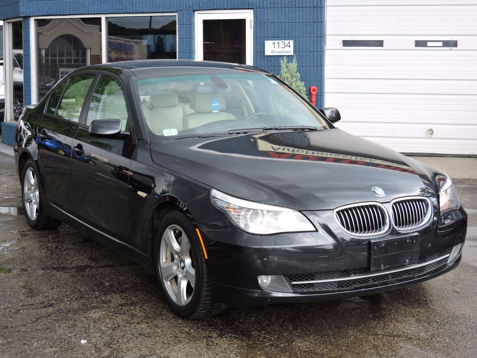 2008 BMW 535xi - xDrive - All Wheel Drive - Navigation - Sport Package