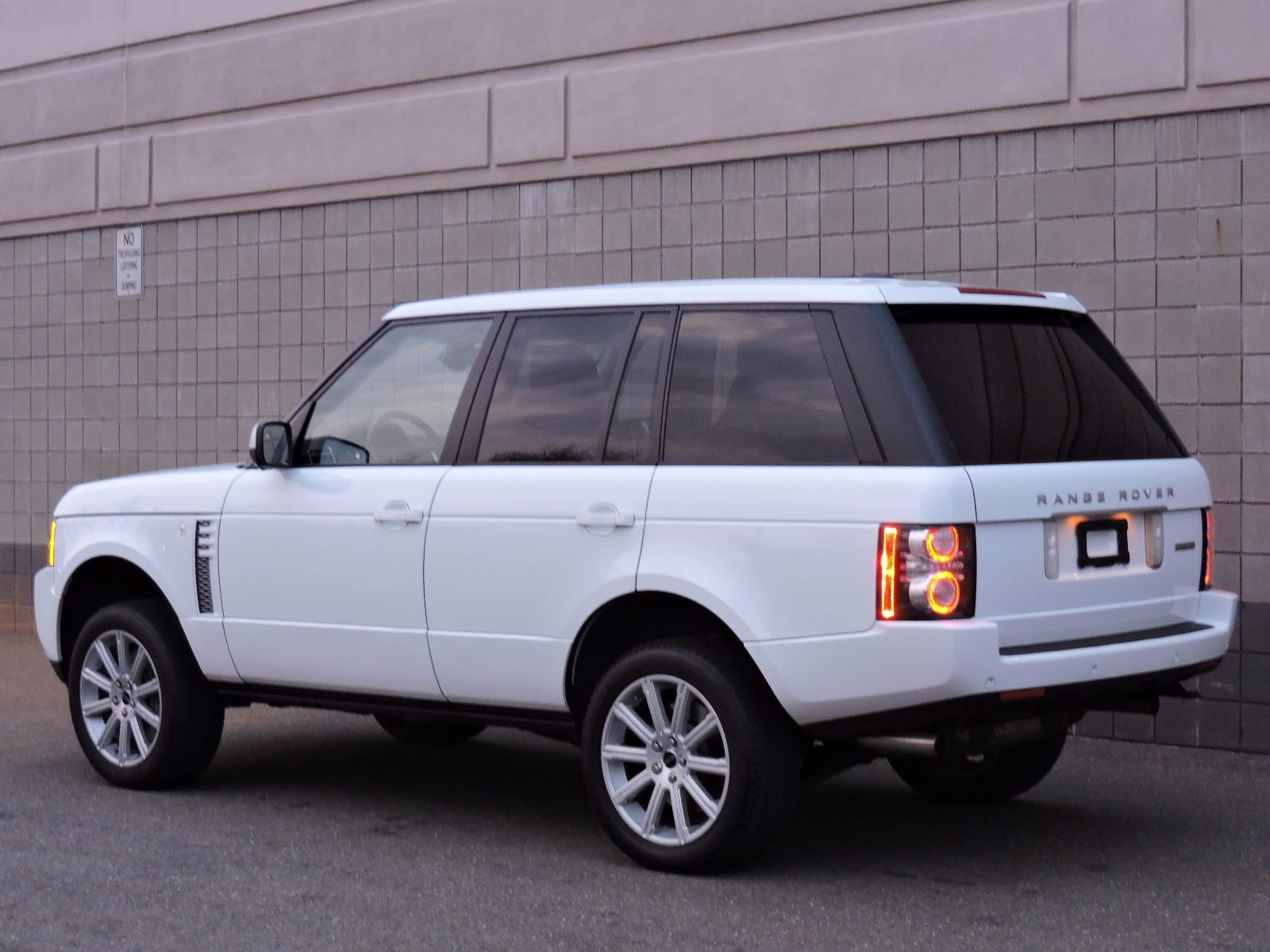 used 2012 land rover range rover sc at auto house usa saugus. Black Bedroom Furniture Sets. Home Design Ideas
