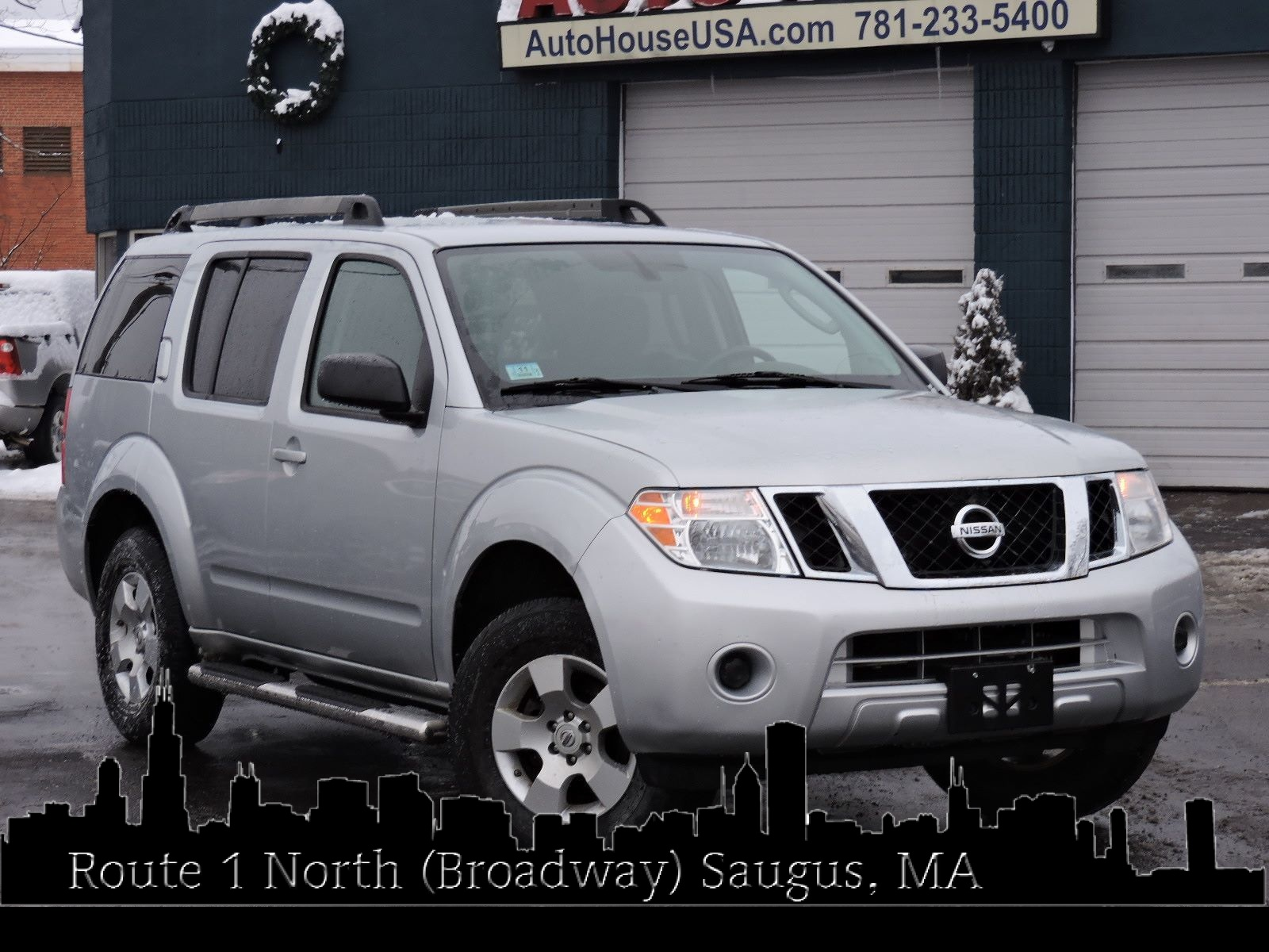 2011 Nissan Pathfinder - All Wheel Drive