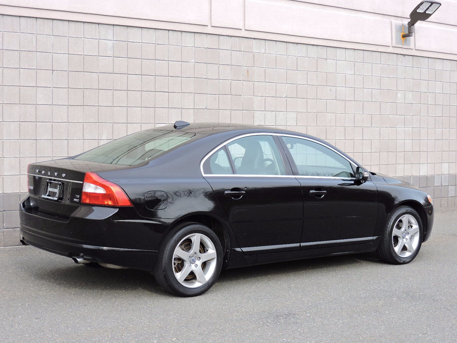 used 2009 volvo v70 pricing features edmunds. Black Bedroom Furniture Sets. Home Design Ideas