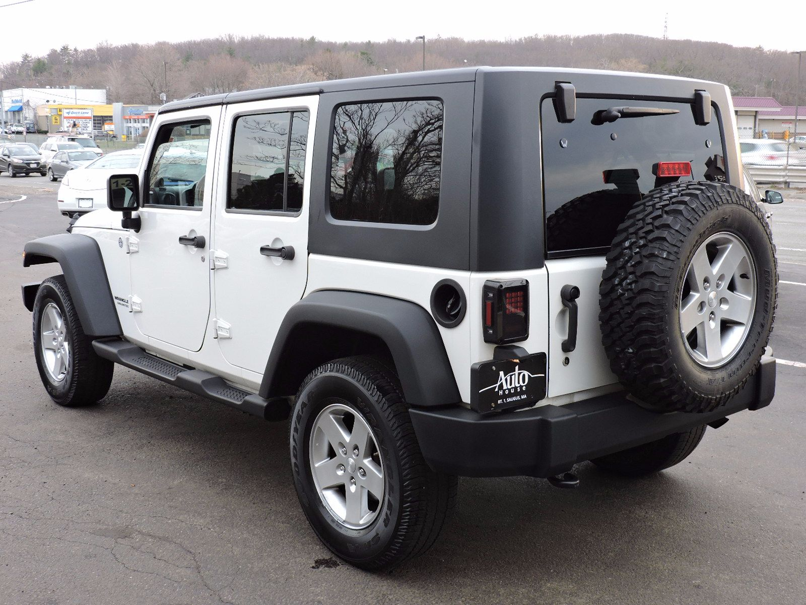 Used 2010 Jeep Wrangler Unlimited Islander at Auto House USA Saugus
