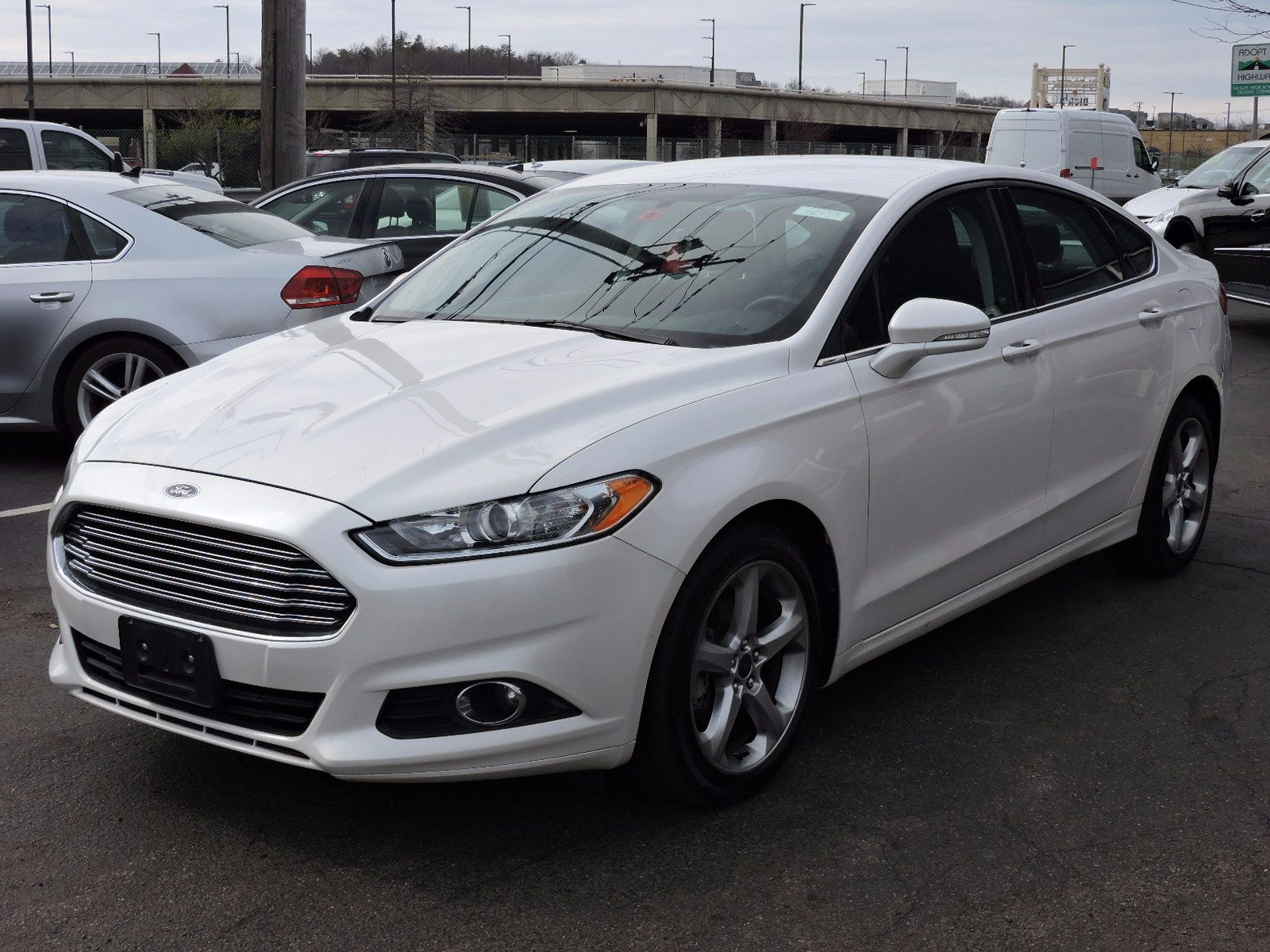 used 2015 ford fusion se at auto house usa saugus. Black Bedroom Furniture Sets. Home Design Ideas