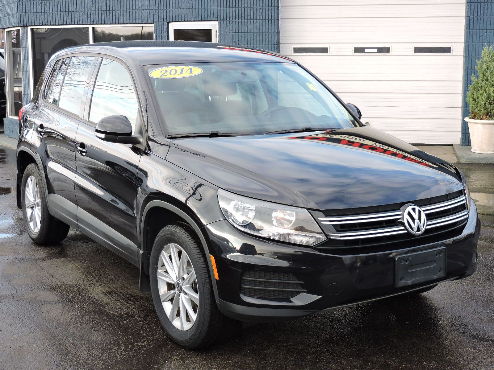 2014 Volkswagen Tiguan - SE -4Motion - All Wheel Drive