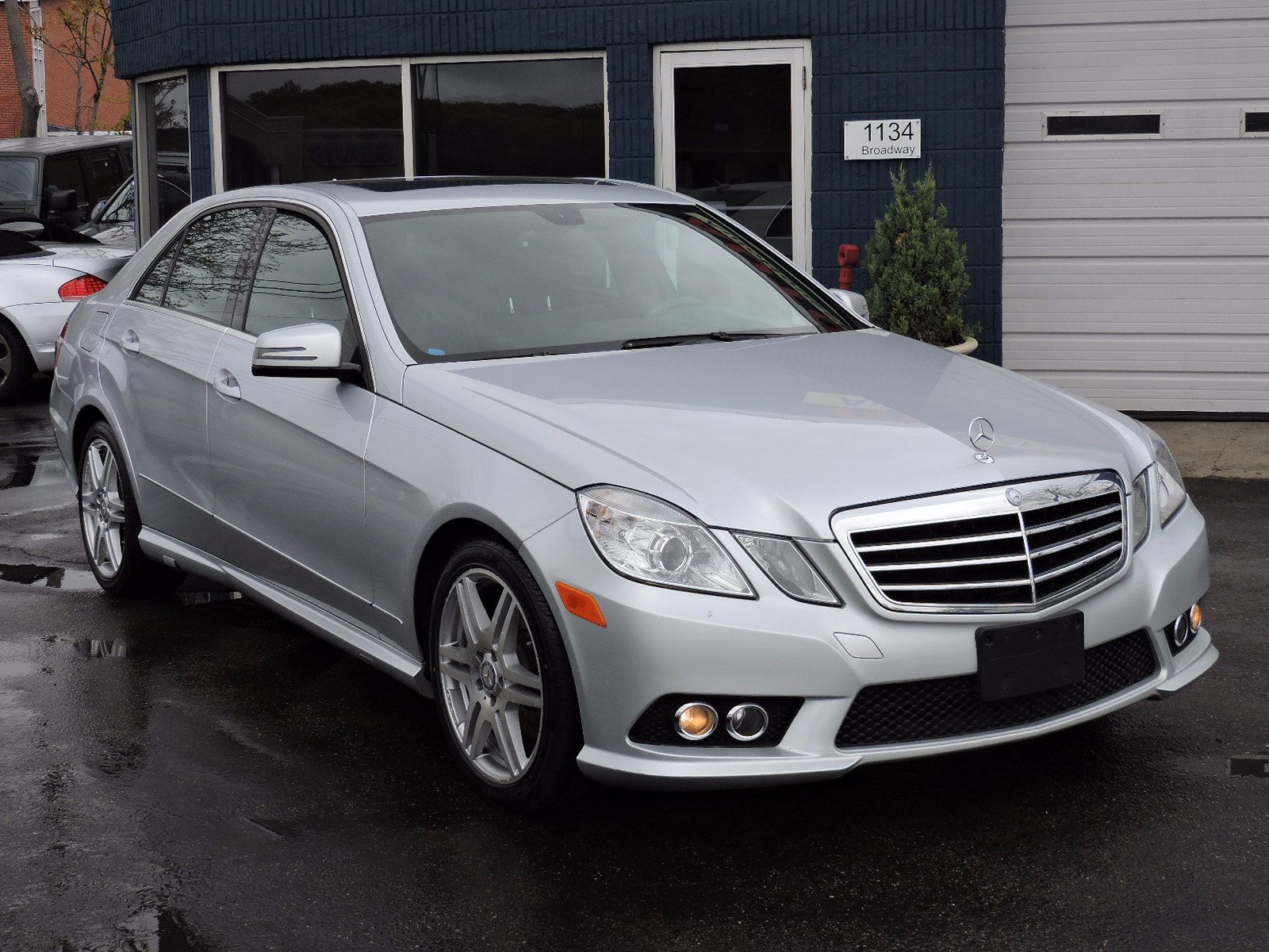used 2010 mercedes benz e 350 e 350 luxury at auto house. Black Bedroom Furniture Sets. Home Design Ideas