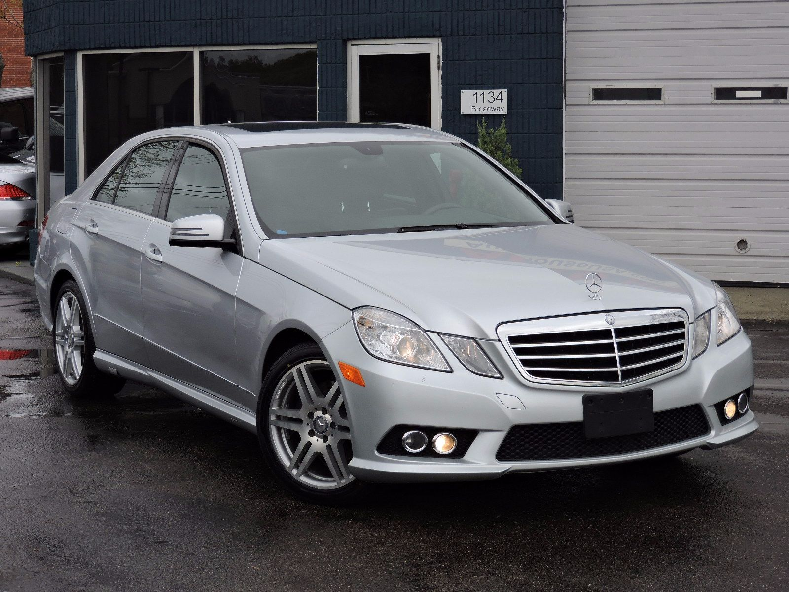 Used 2010 mercedes benz e class e 350 luxury at auto house for Mercedes benz e 350