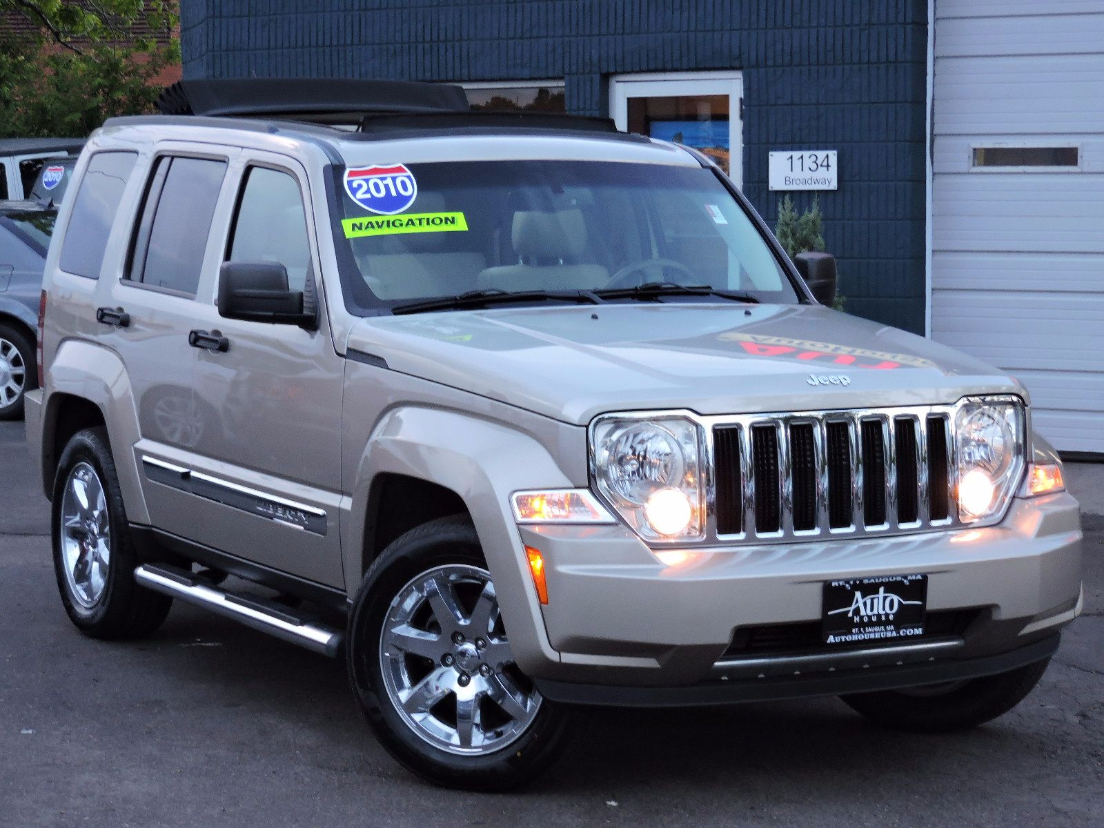 2010 Jeep Liberty - All Wheel Drive - Limited - Navigation