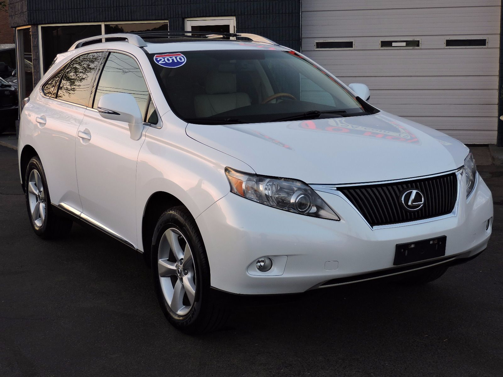 2010 Lexus RX 350 - All Wheel Drive - Navigation