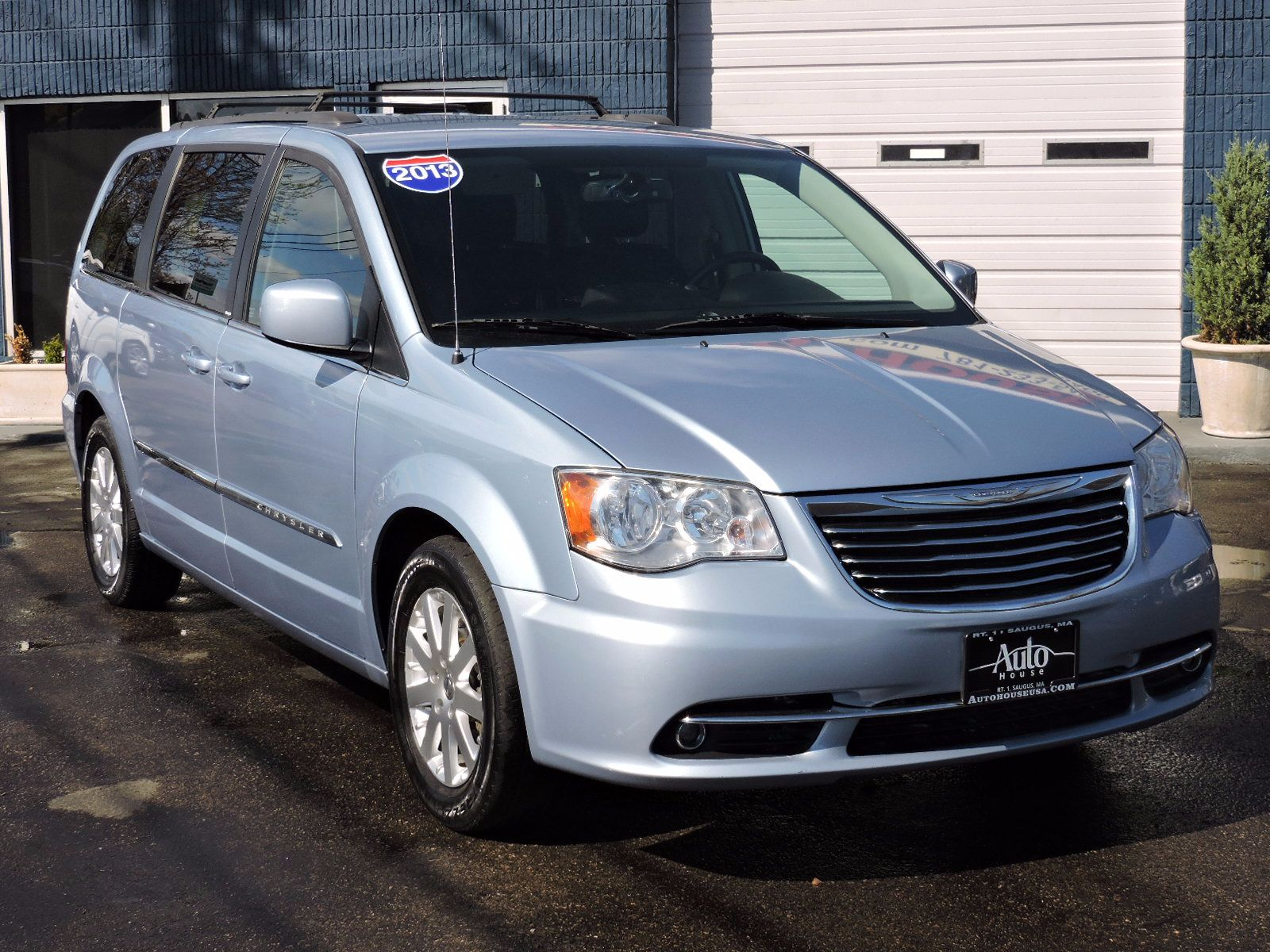 2013 Chrysler Town & Country - Touring Edition