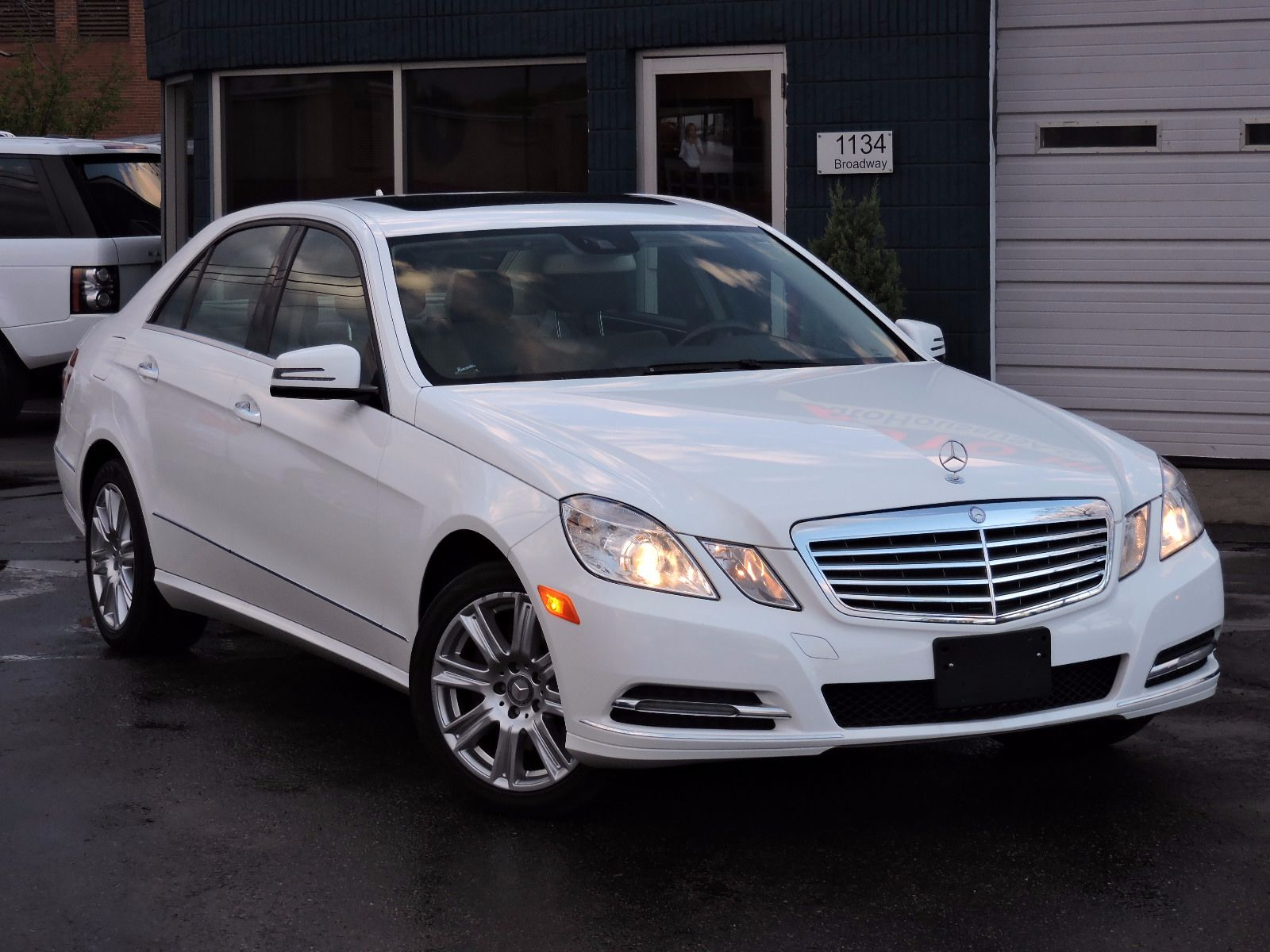 used 2013 mercedes benz e 350 luxury e 350 luxury at auto. Black Bedroom Furniture Sets. Home Design Ideas