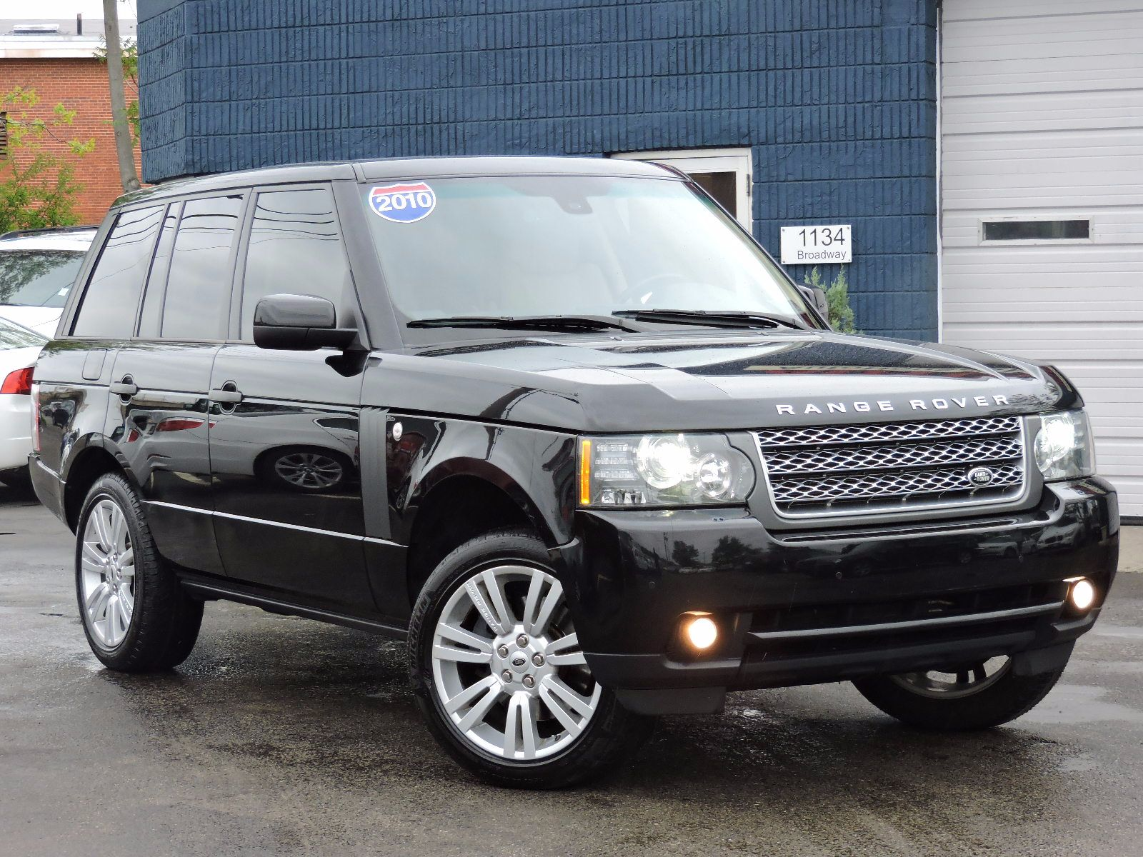 used 2010 land rover range rover hse lux at auto house usa. Black Bedroom Furniture Sets. Home Design Ideas