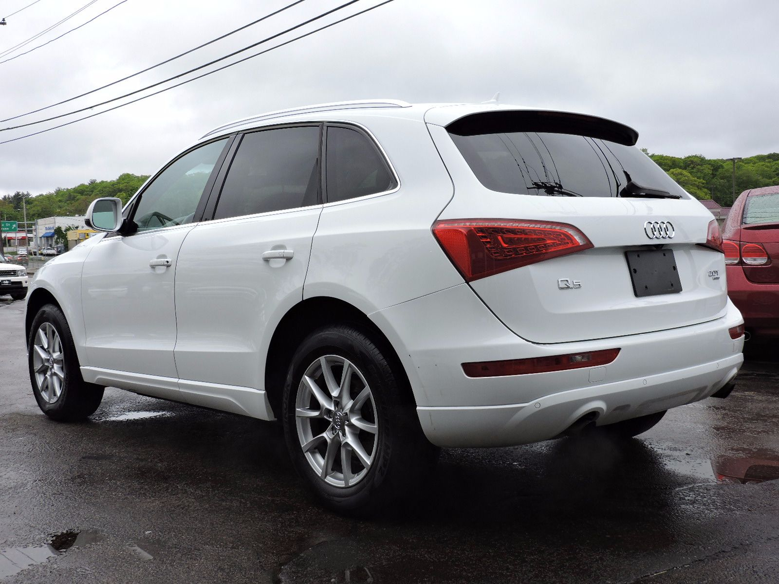 2011 Audi Q5 2.0T - Quattro - All Wheel Drive - Navigation