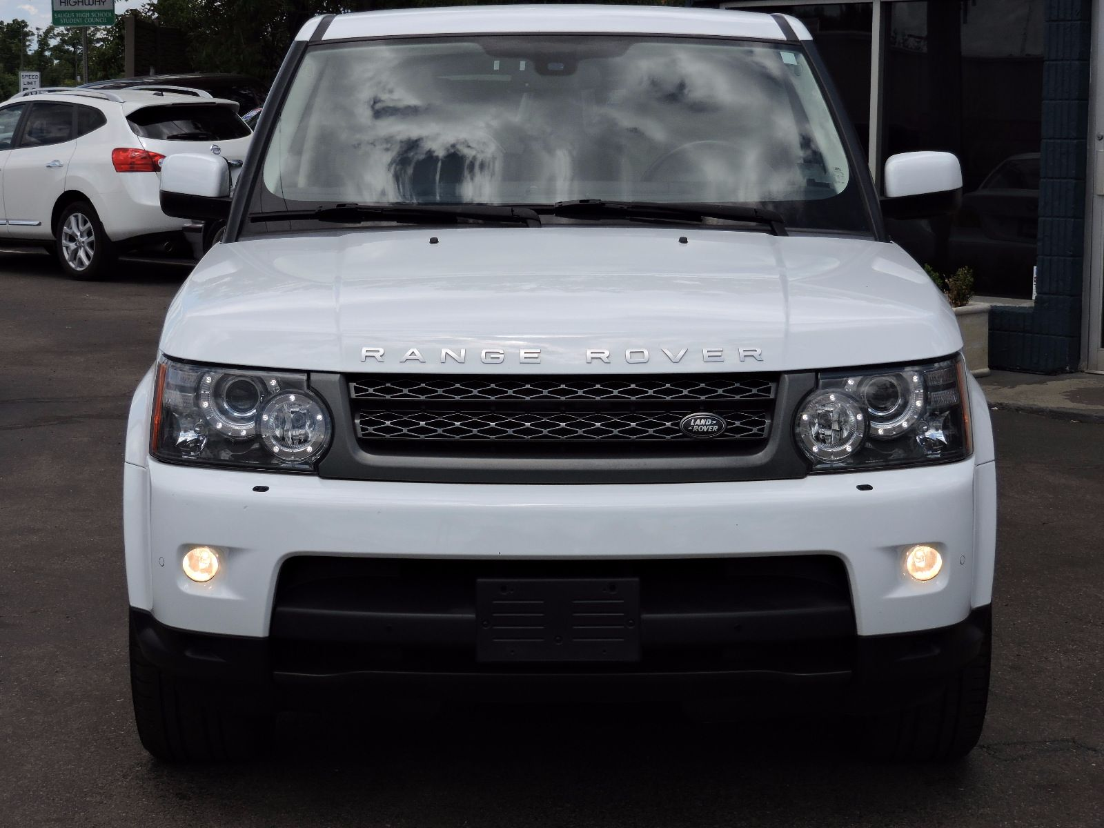 2011 Land Rover Range Rover Sport HSE - All Wheel Drive - Navigation