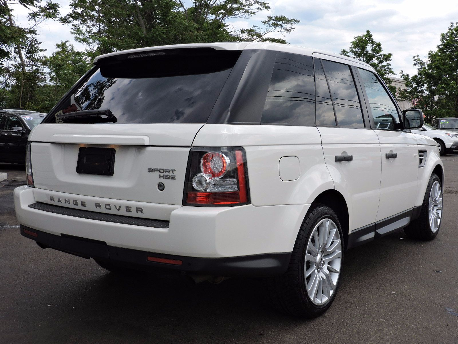 2010 Land Rover Range Rover Sport LUX - All Wheel Drive - Navigation