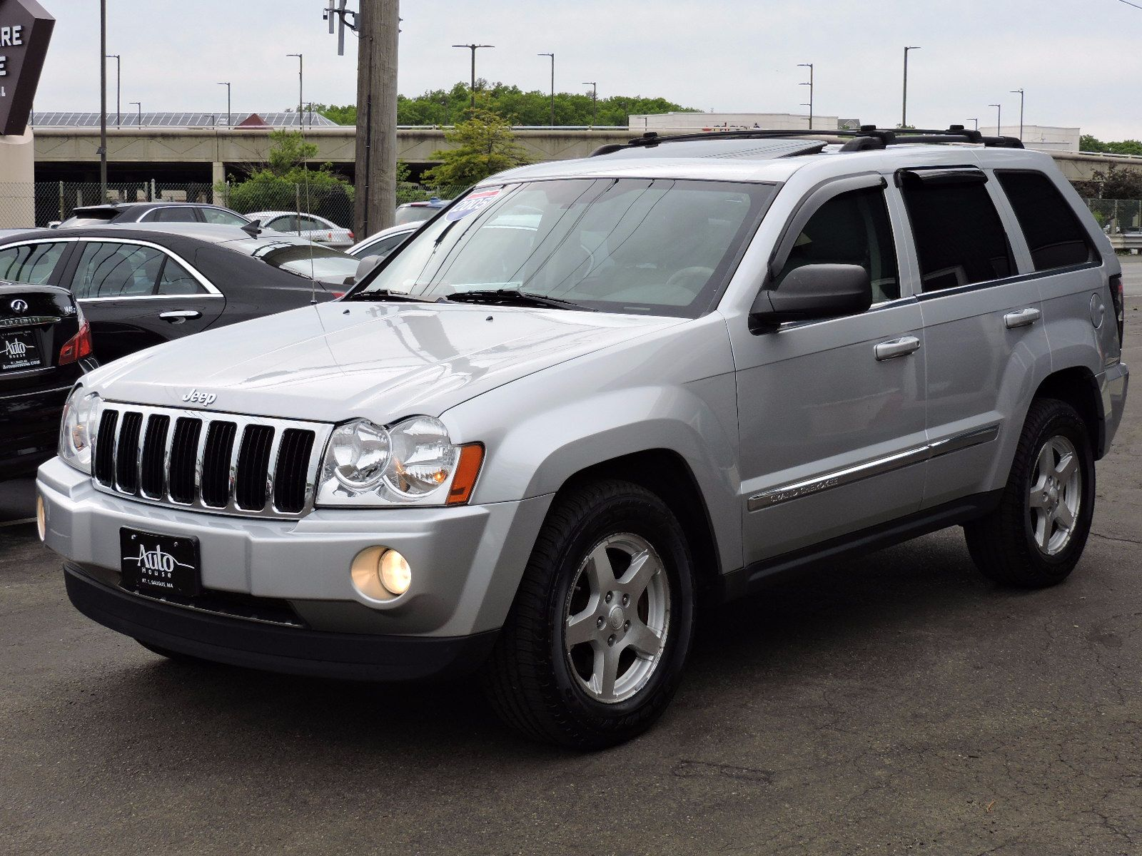 2005 Jeep Grand Cherokee All Wheel Drive - Limited Edition