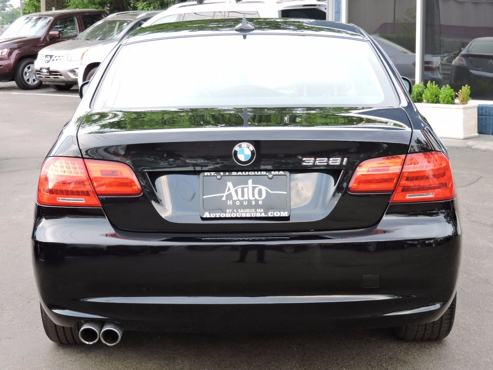 2012 BMW 328i xDrive - All Wheel Drive - Navigation