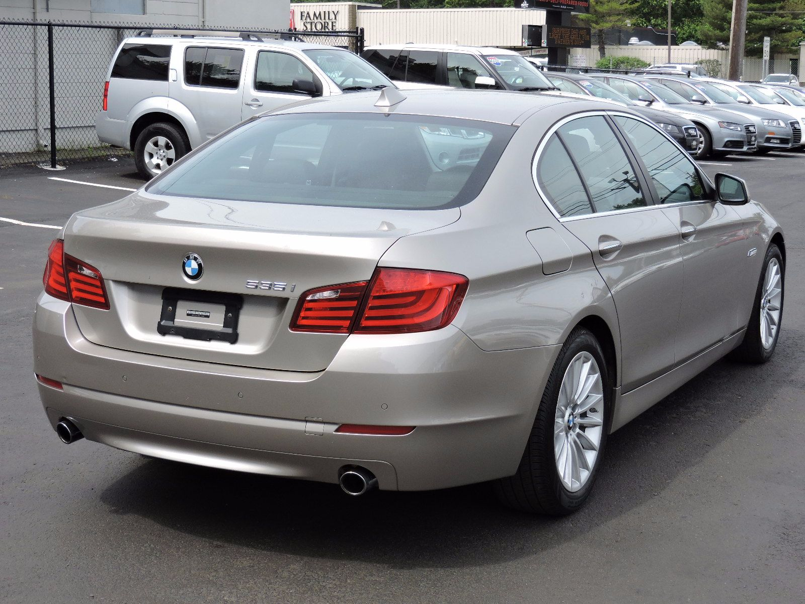 used 2011 bmw 535i xdrive special edition at auto house. Black Bedroom Furniture Sets. Home Design Ideas