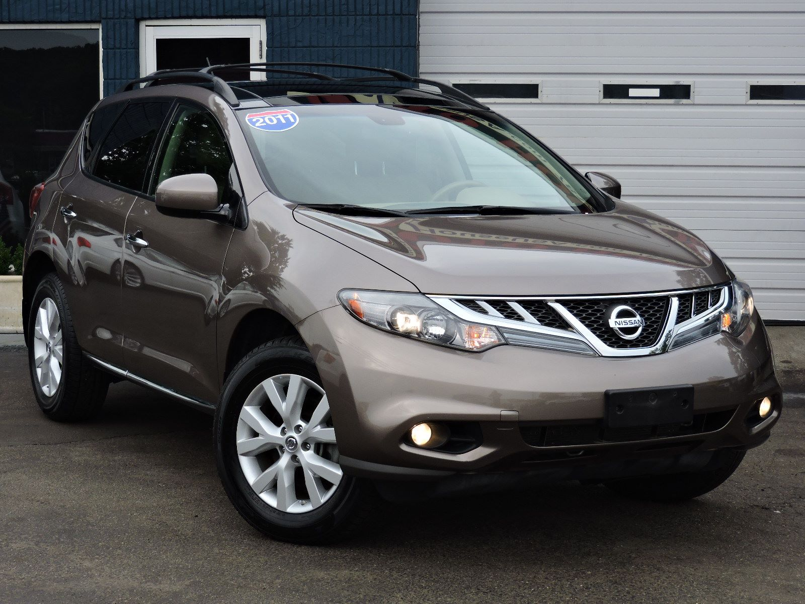 used 2011 nissan murano sl at auto house usa saugus. Black Bedroom Furniture Sets. Home Design Ideas