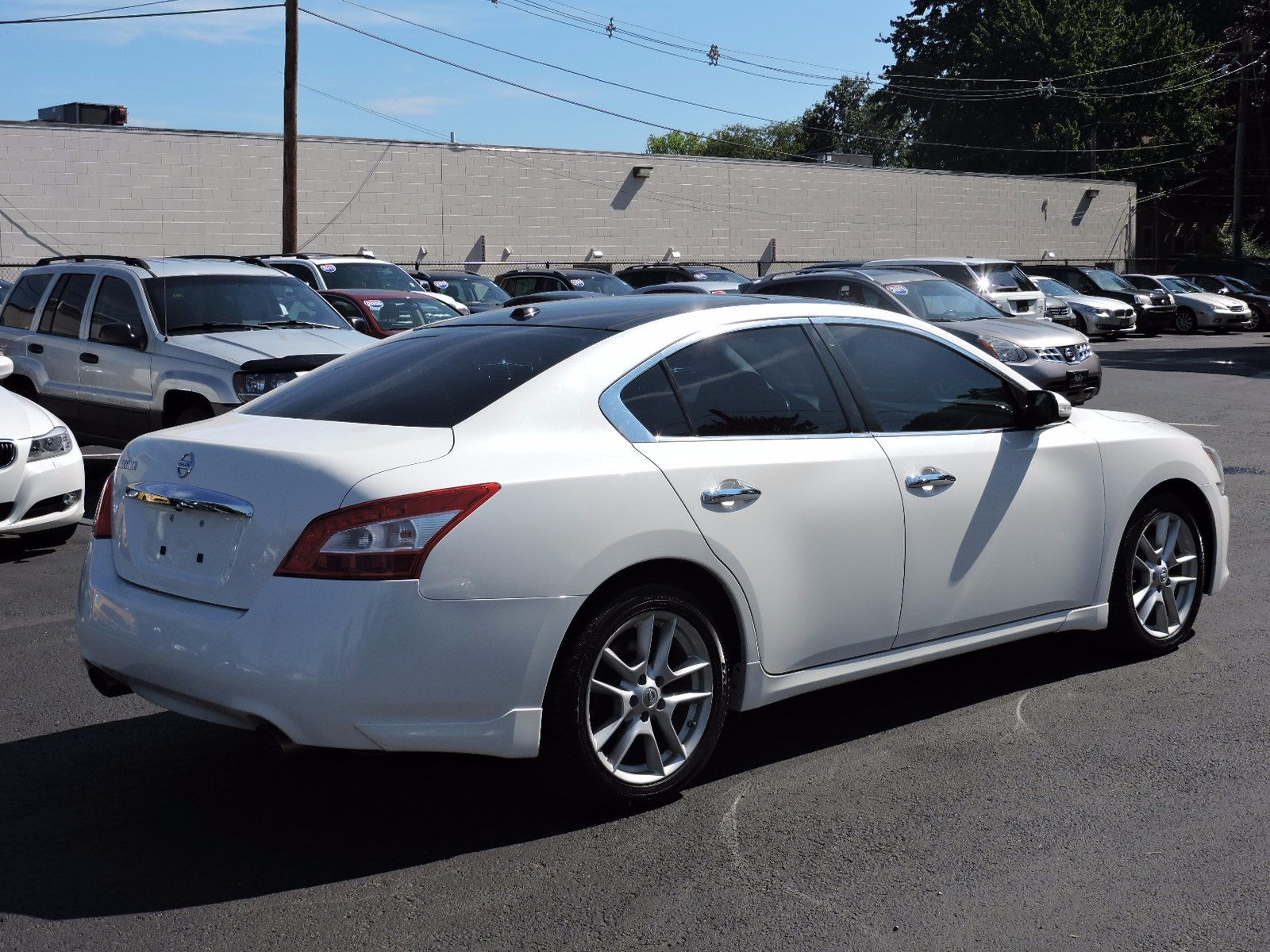 used 2009 nissan maxima 3 5 sv wpremium pkg at auto house usa saugus. Black Bedroom Furniture Sets. Home Design Ideas