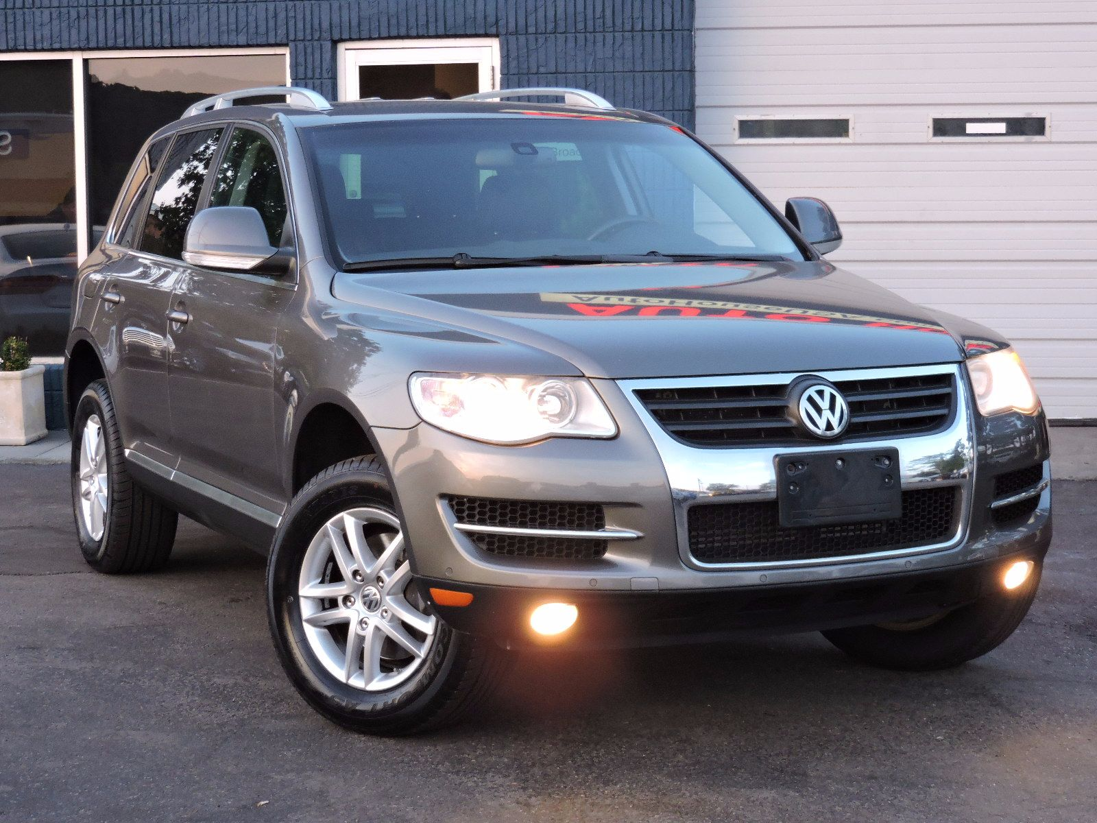 2008 Volkswagen Touareg 2 - 4Motion - All Wheel Drive