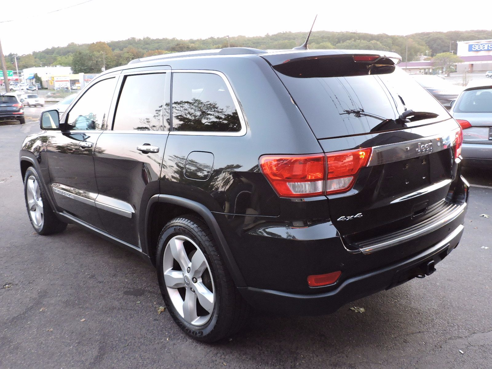 2011 Jeep Grand Cherokee - All Wheel Drive - Overland Edition