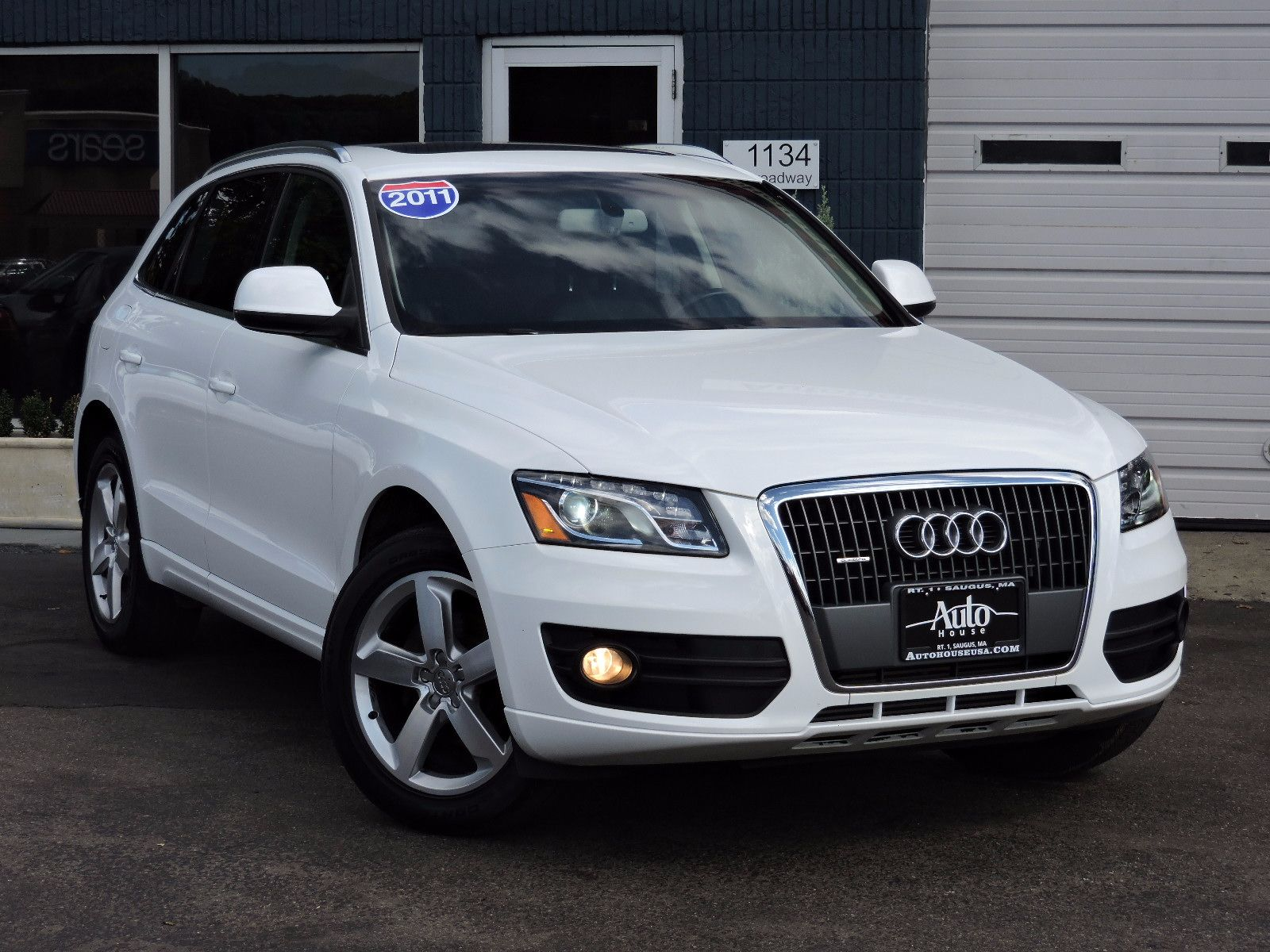 used 2011 audi q5 2 0t premium plus at auto house usa saugus. Black Bedroom Furniture Sets. Home Design Ideas