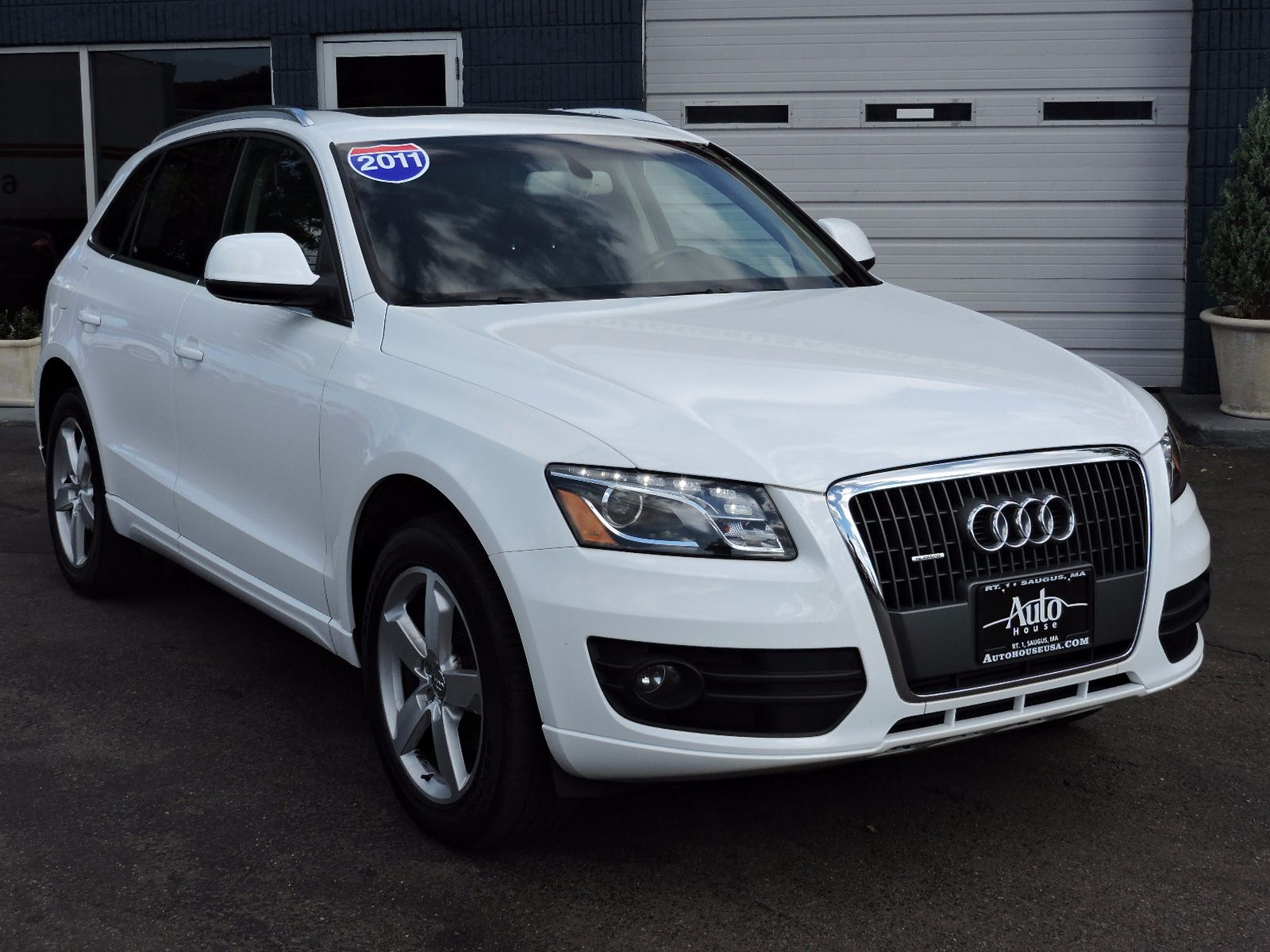 2011 Audi Q5 2.0T - Quattro - All Wheel Drive