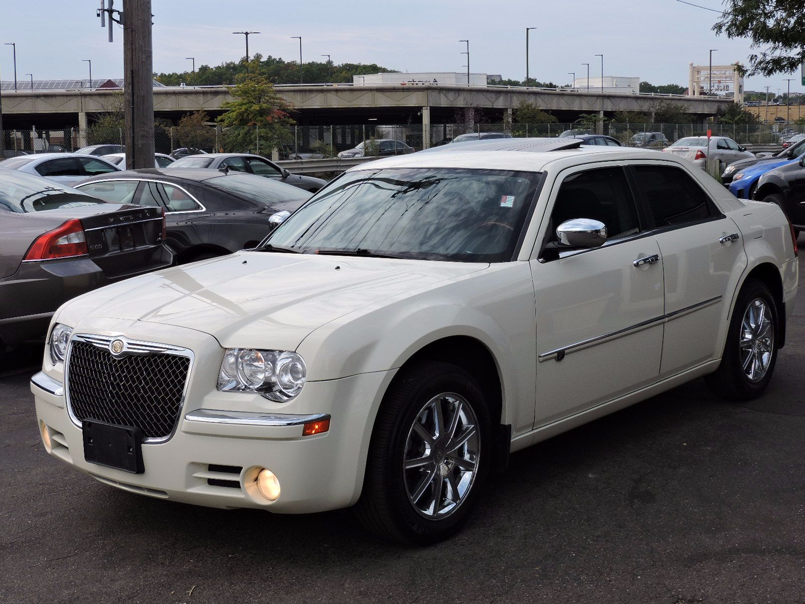 used 2010 chrysler 300 300c at auto house usa saugus. Black Bedroom Furniture Sets. Home Design Ideas