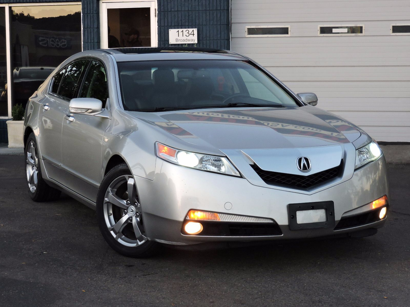 used 2010 acura tl tech 18 wheels at auto house usa saugus. Black Bedroom Furniture Sets. Home Design Ideas