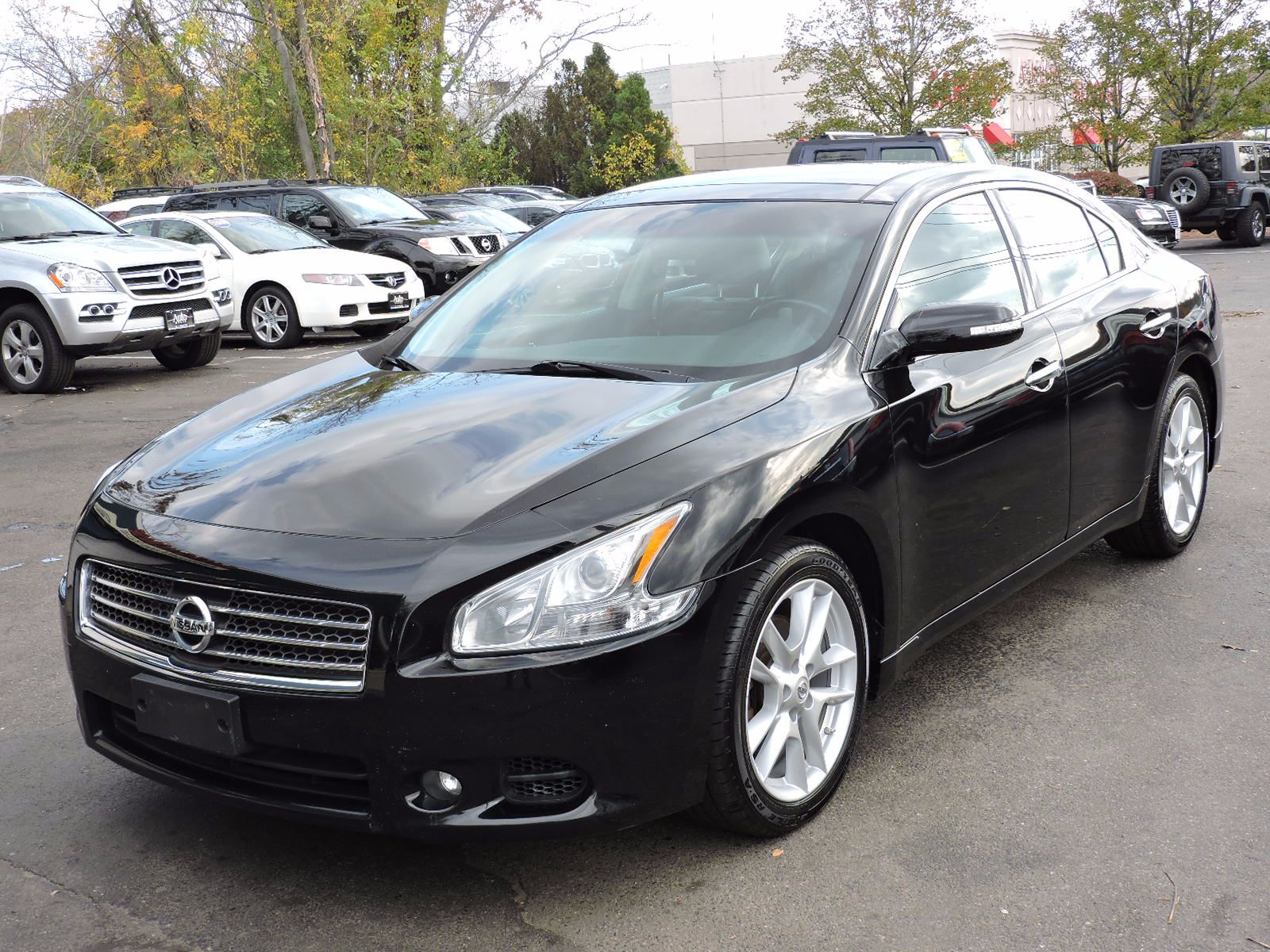 used 2011 nissan maxima 3 5 sv wpremium pkg at auto house usa saugus. Black Bedroom Furniture Sets. Home Design Ideas