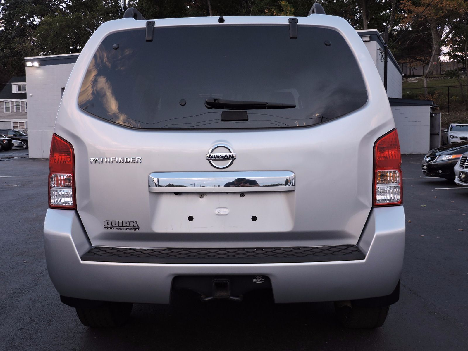 2011 Nissan Pathfinder SV - All Wheel Drive