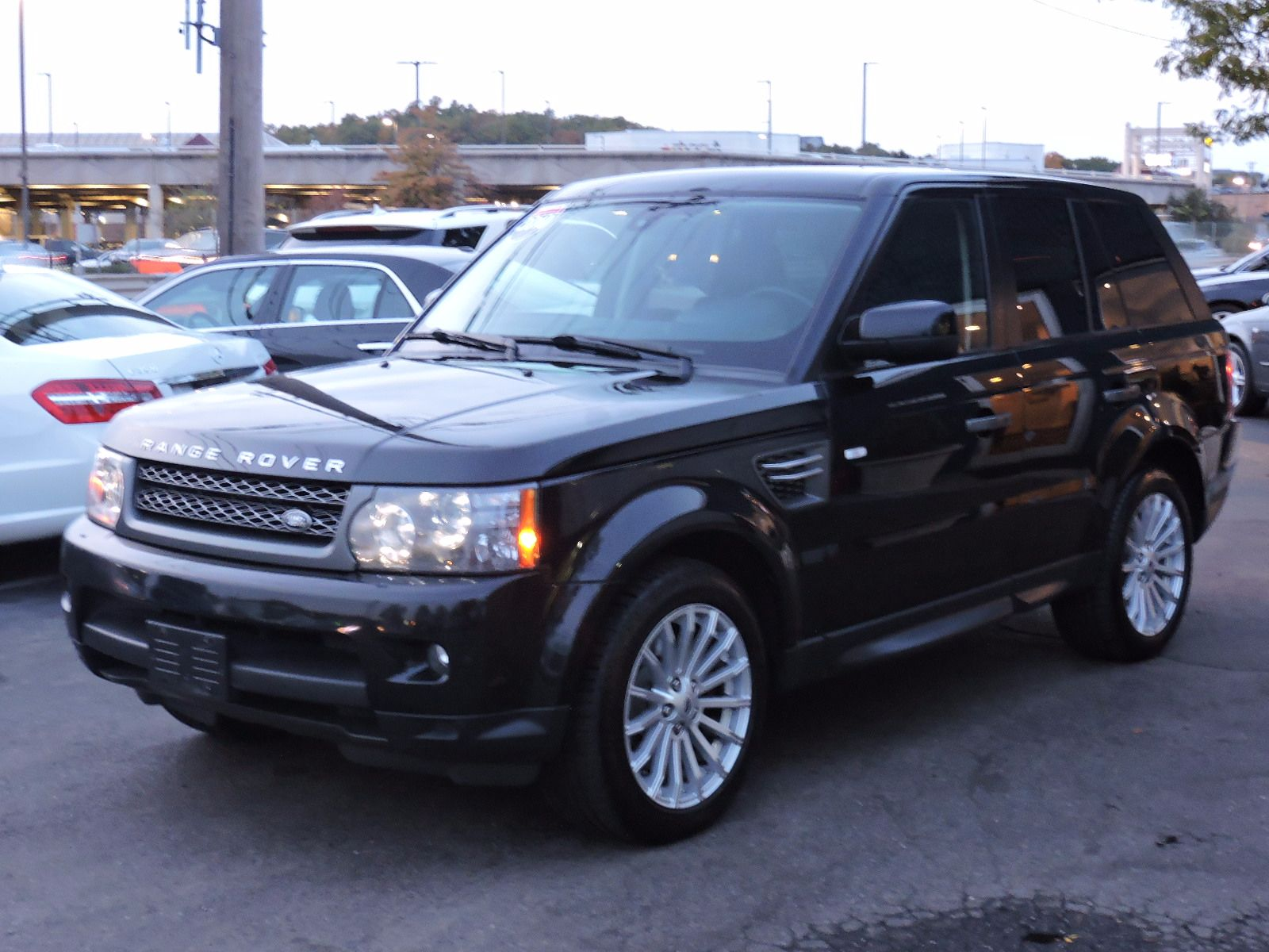 used 2010 land rover range rover hse sport at auto house. Black Bedroom Furniture Sets. Home Design Ideas