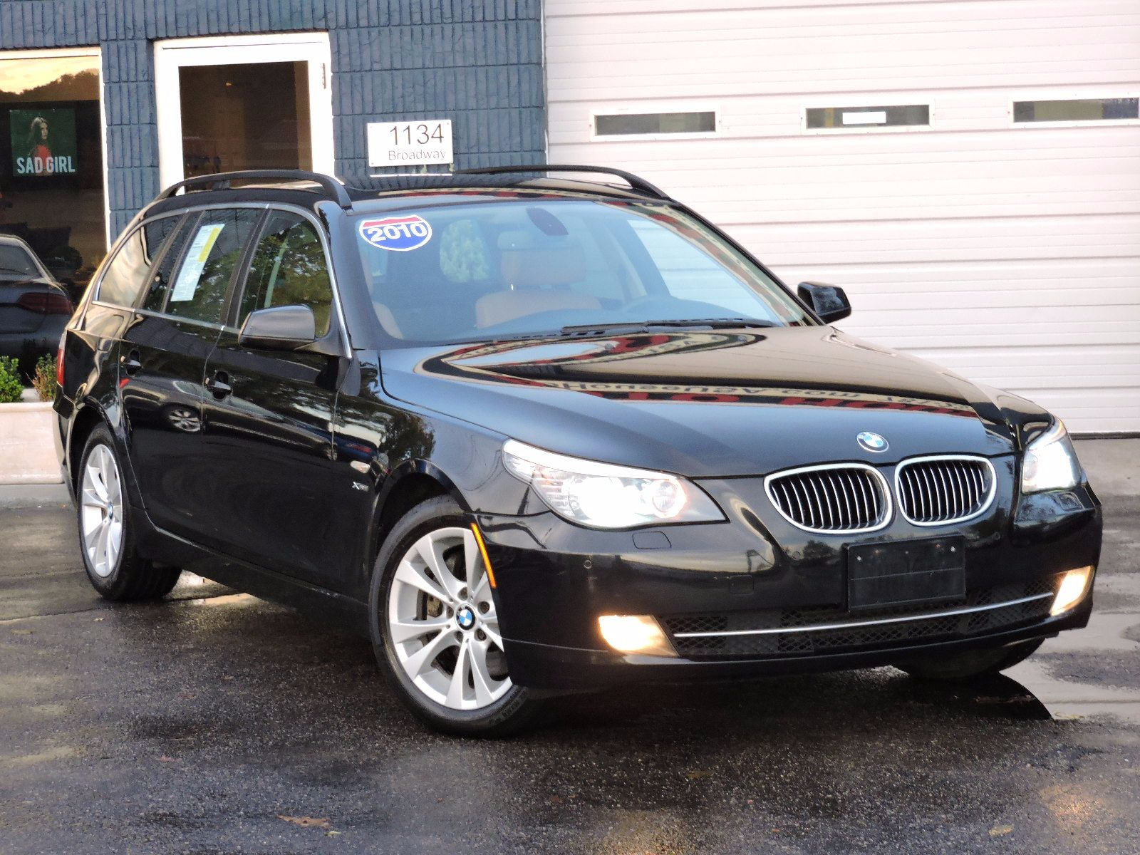 2010 BMW 535i xDrive - All Wheel Drive - Wagon - Navigation