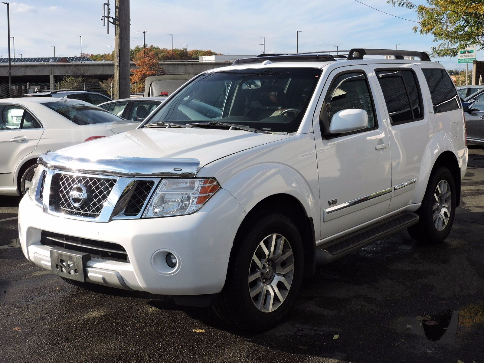 2008 Nissan Pathfinder - All Wheel Drive - DVD Entertainment System