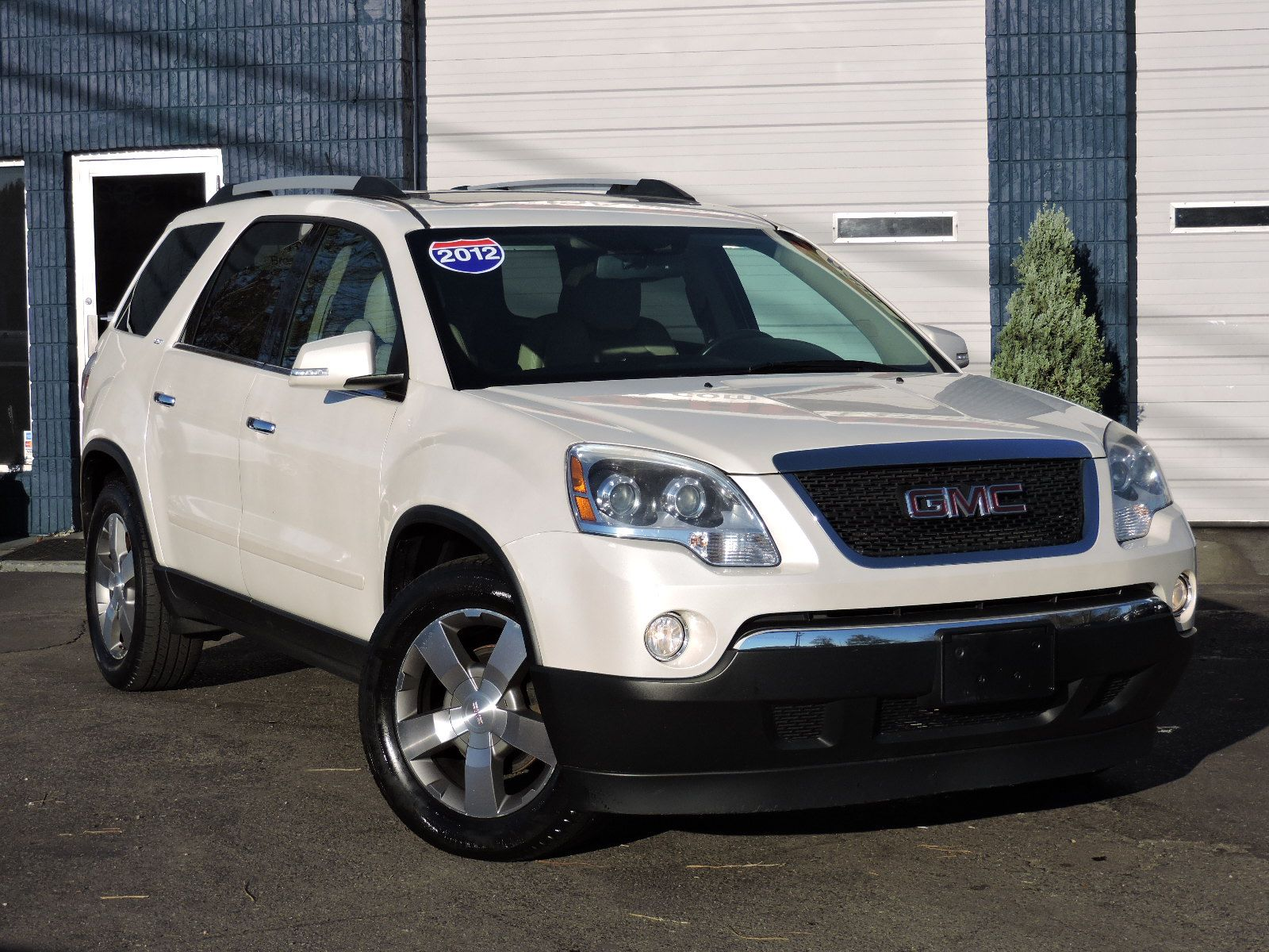 2012 GMC Acadia SLT - All Wheel Drive
