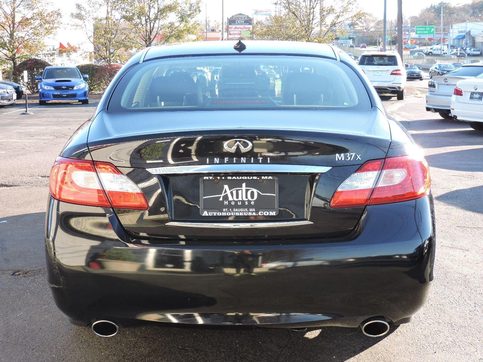 2011 Infiniti M37X - All Wheel Drive - Technology Package - Navigation