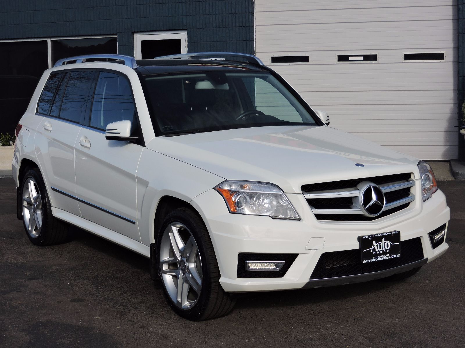 used 2011 mercedes benz glk 350 glk 350 at auto house usa saugus. Black Bedroom Furniture Sets. Home Design Ideas