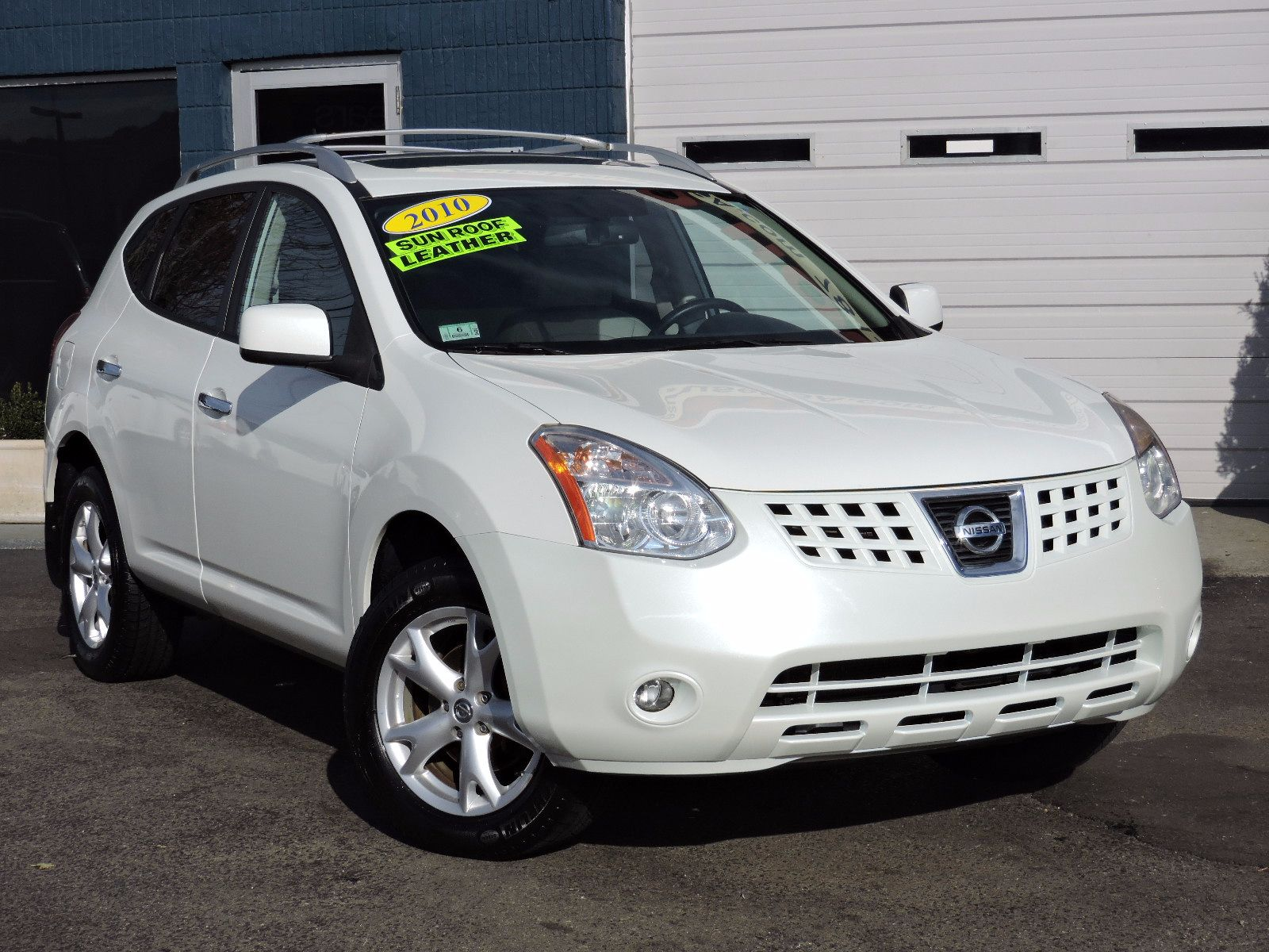 2010 Nissan Rogue - All Wheel Drive