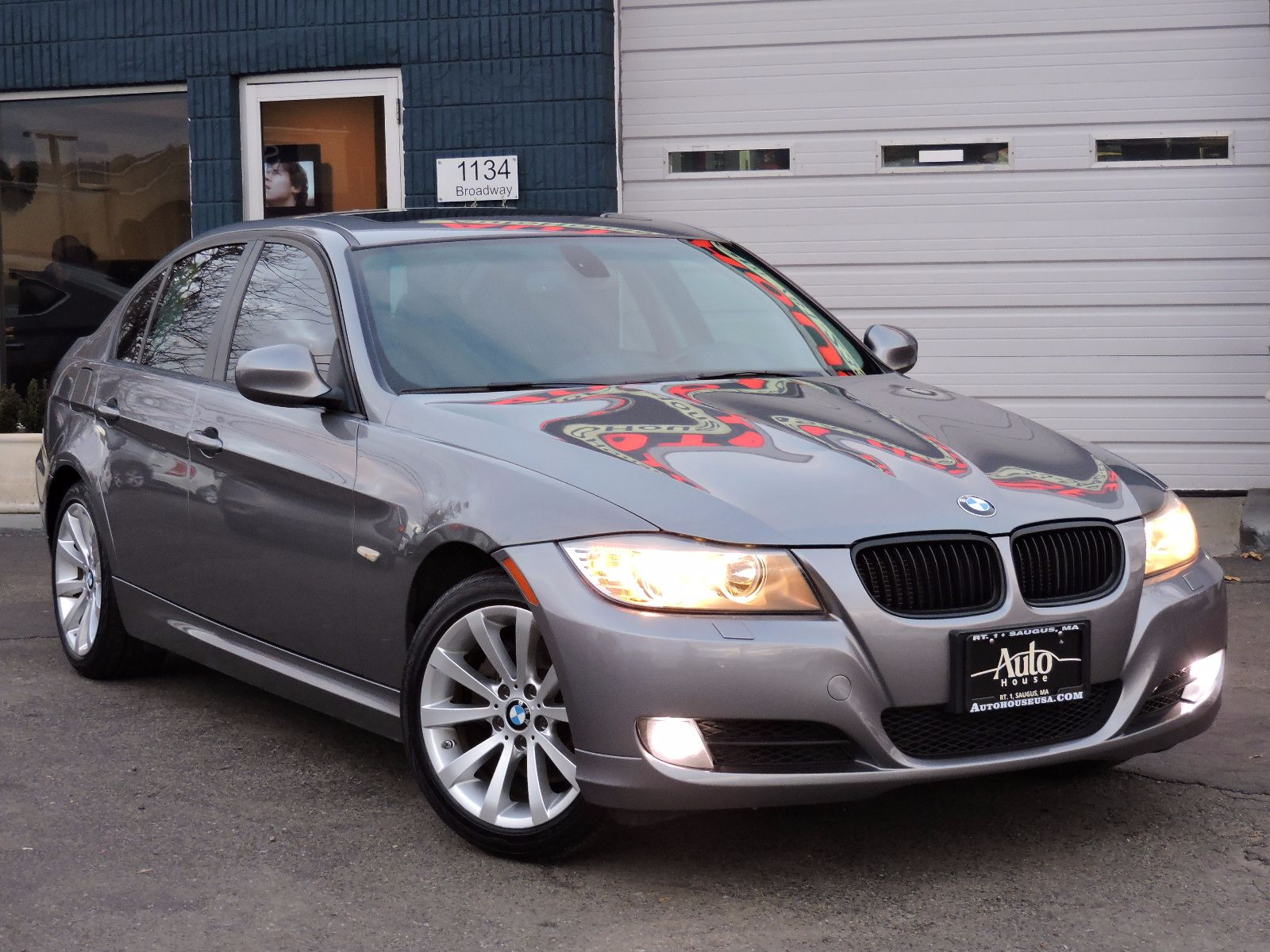 2011 BMW 328i xDrive xDive - All Wheel Drive - Navigation - 6 Speed