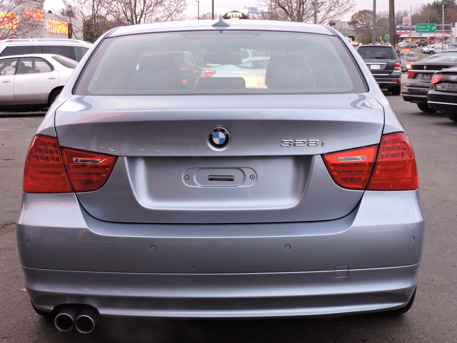 2011 BMW 3 Series xDrive - All Wheel Drive - Navigation - 6 Speed